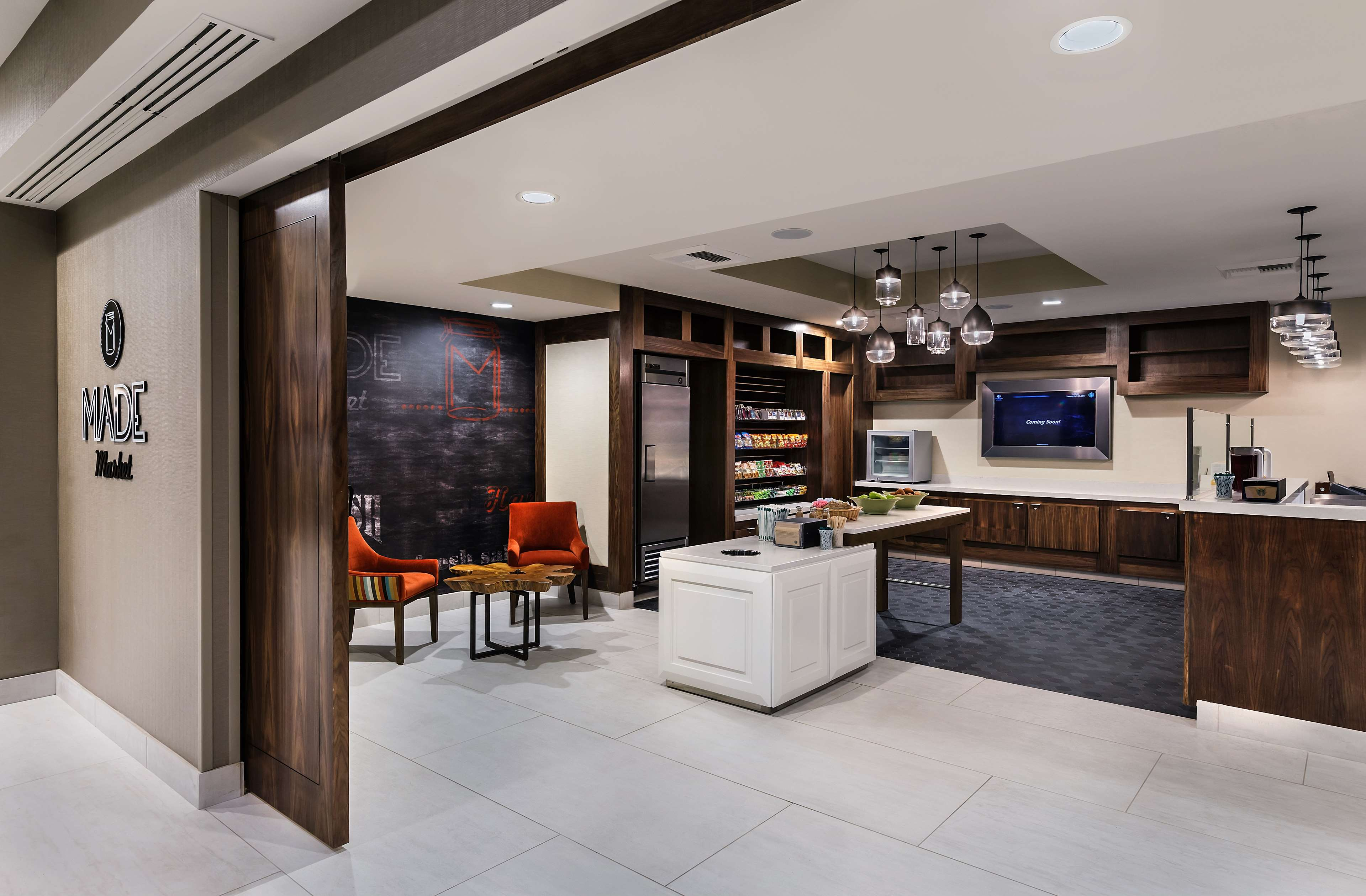 DoubleTree by Hilton Hotel San Bernardino image 9