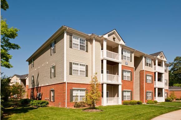 Clairmont Apartments image 5