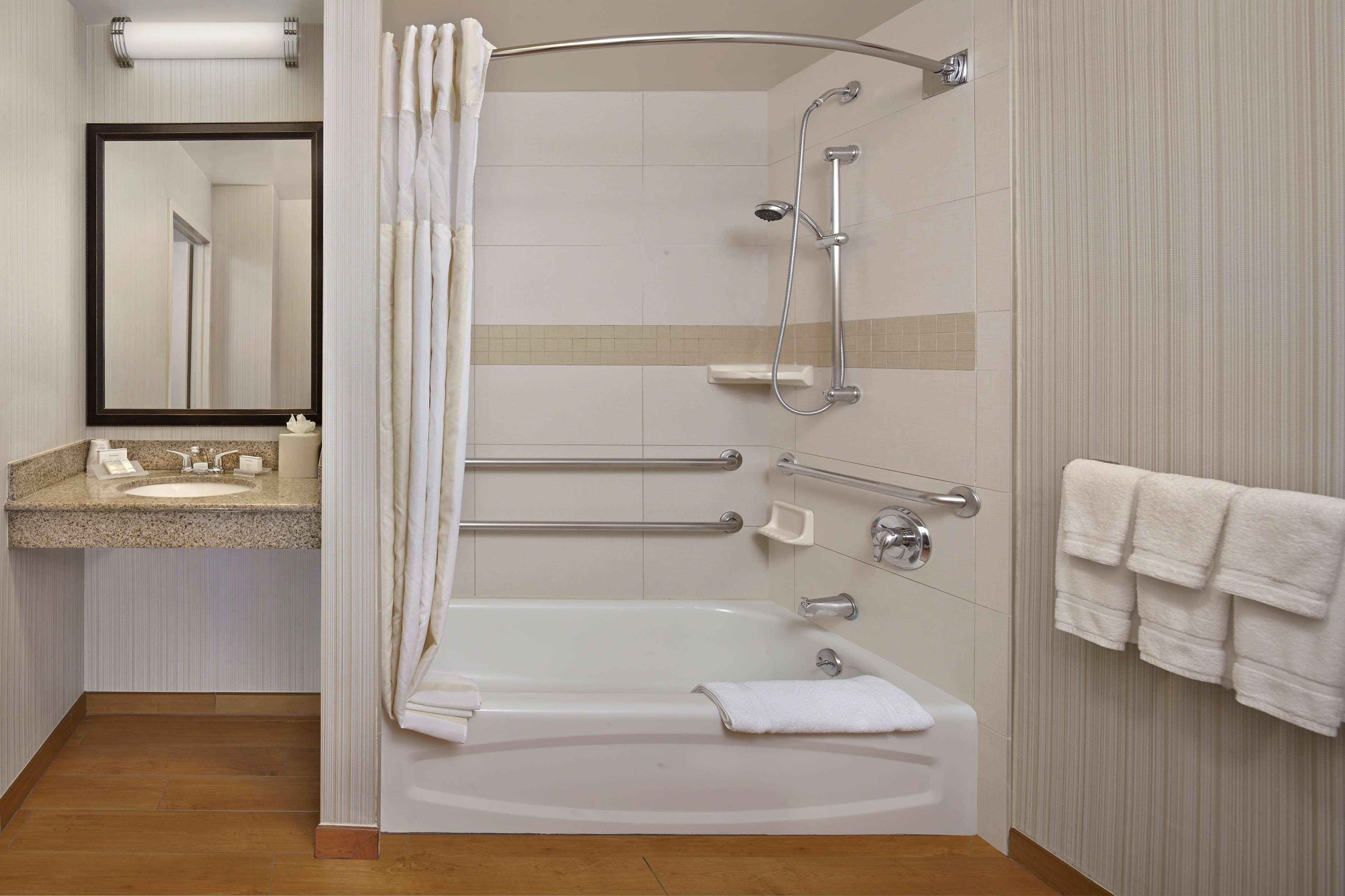 Hilton Garden Inn Danbury image 22