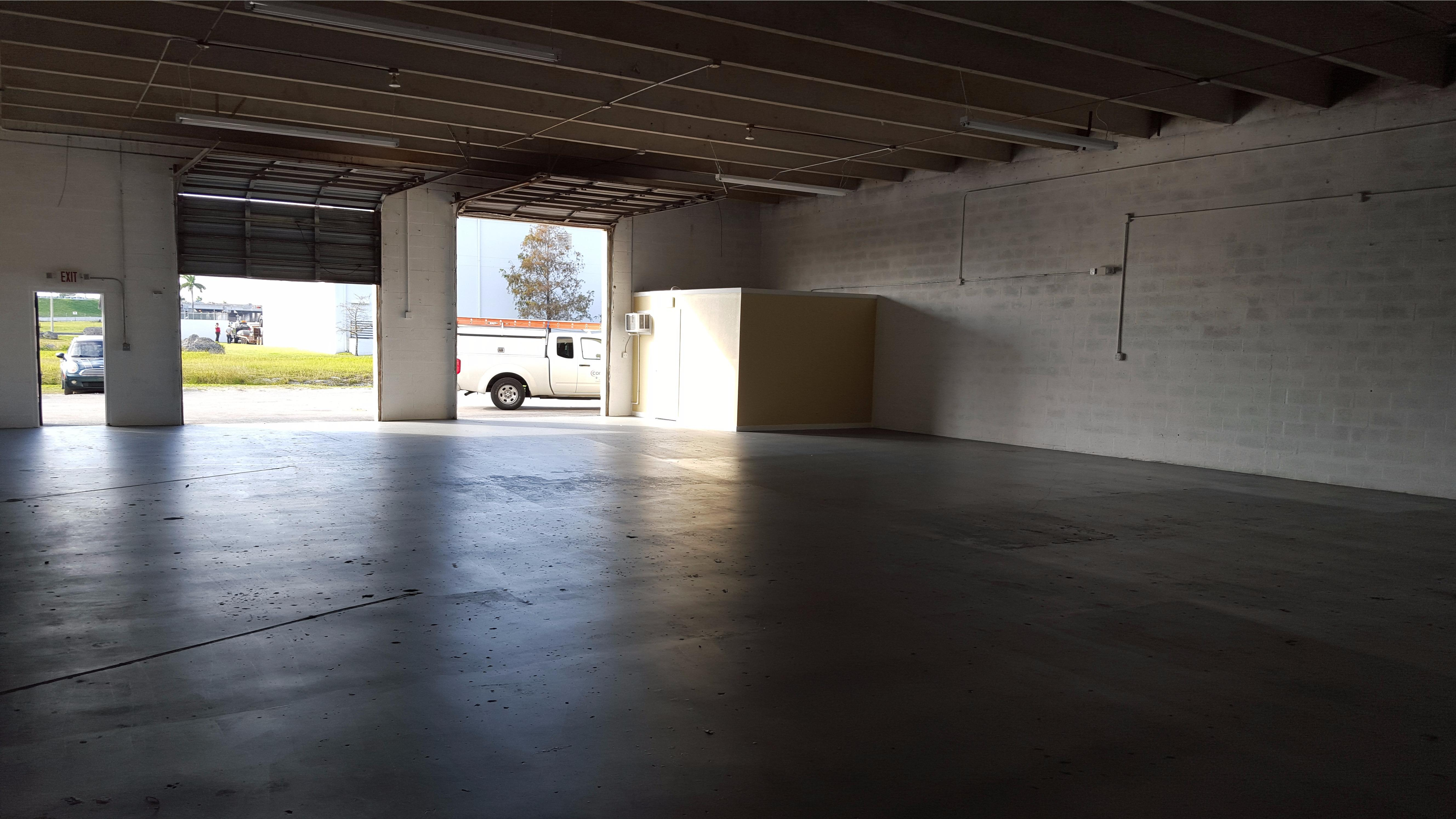 Warehouse for Rent in Miami image 5