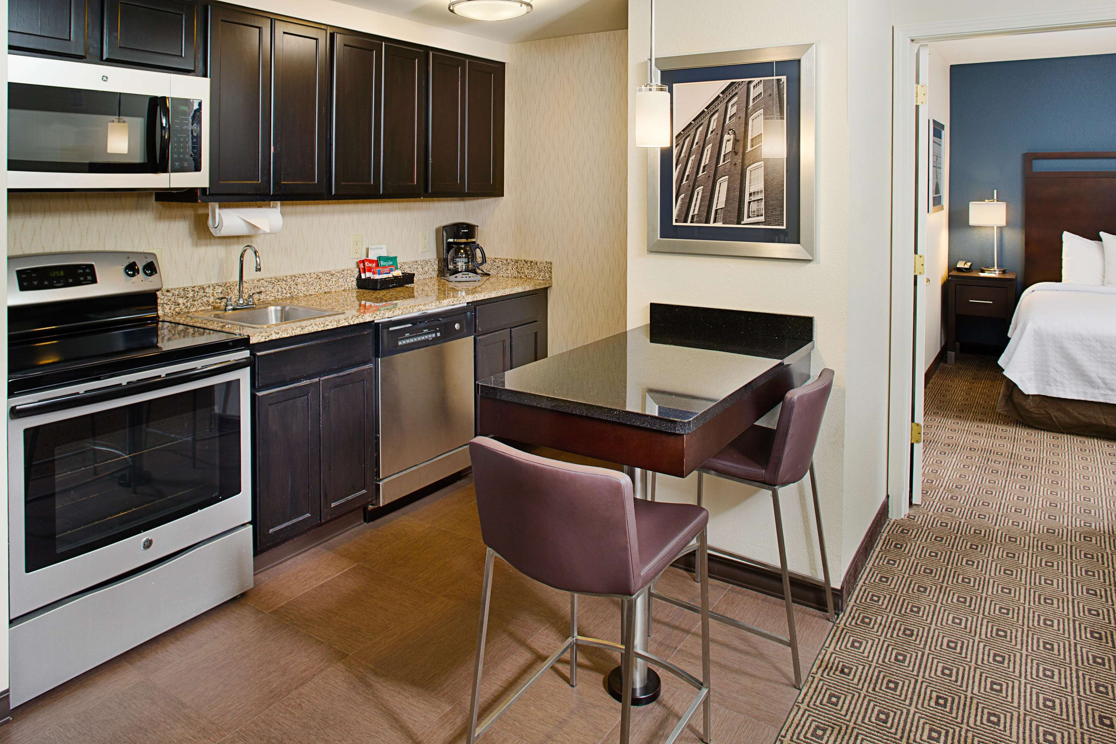 Homewood Suites by Hilton Manchester/Airport image 13