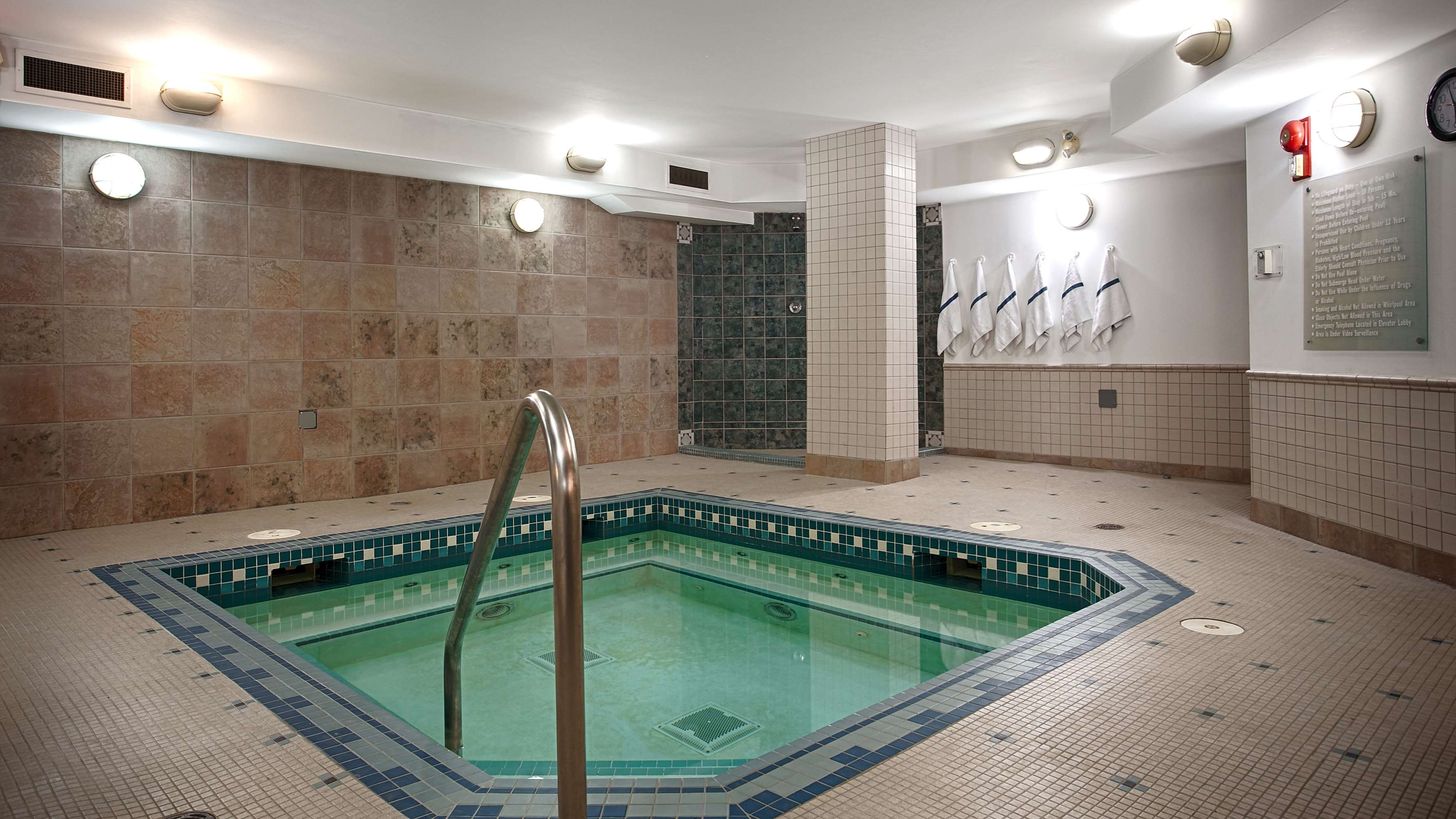 Best Western Airdrie in Airdrie: Indoor Hot Tub