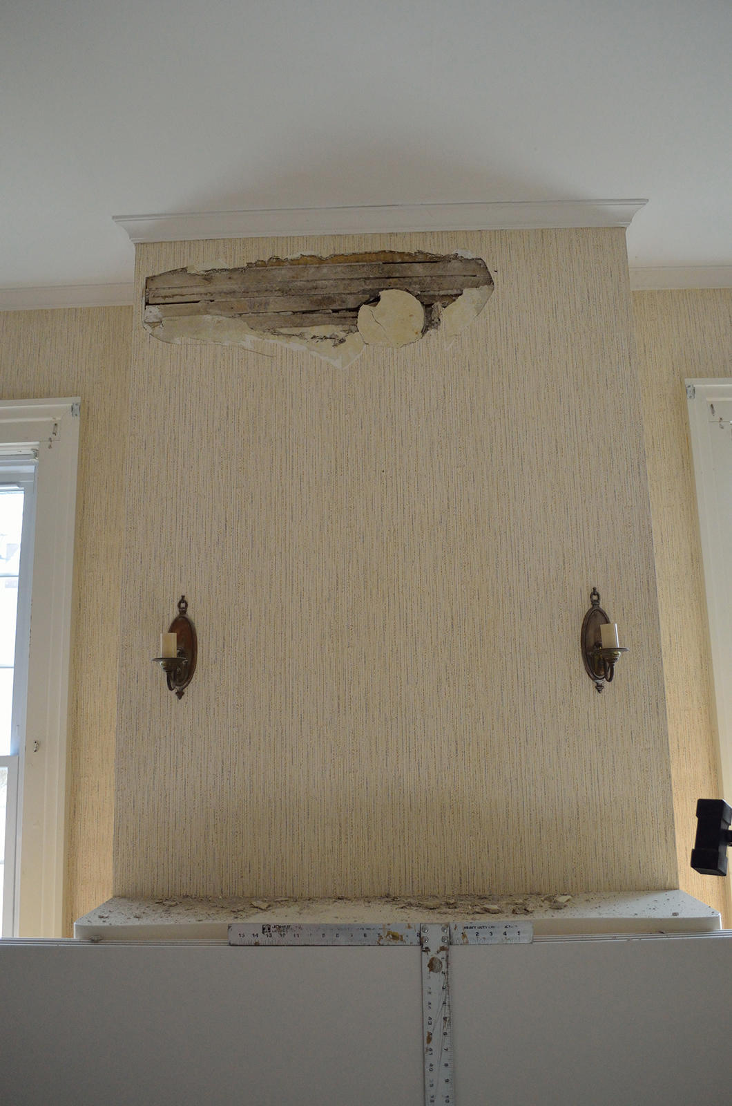 Ceiling & Wall Restorations image 0