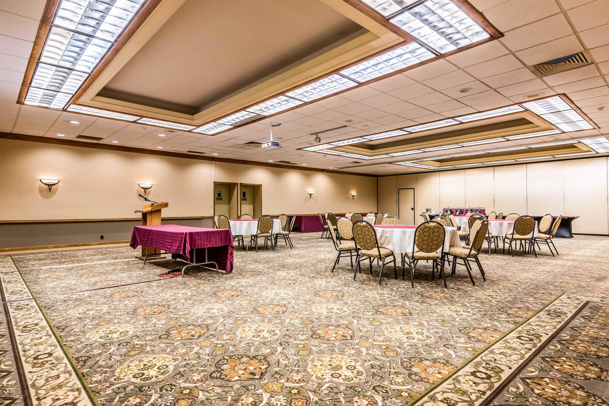 Quality Inn near Finger Lakes and Seneca Falls image 34