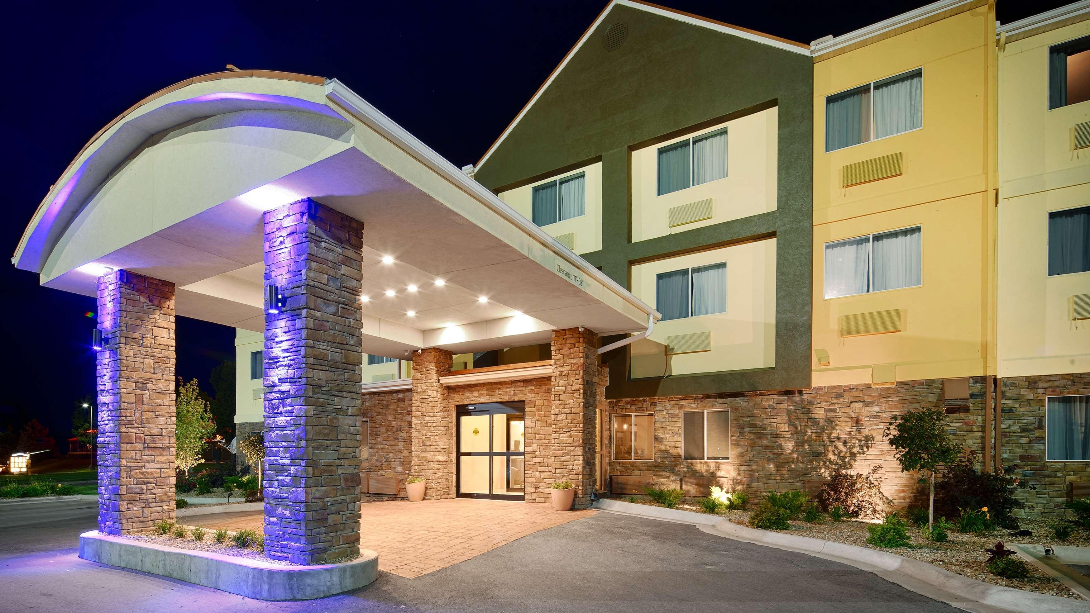 Best Western Pearl City Inn image 0