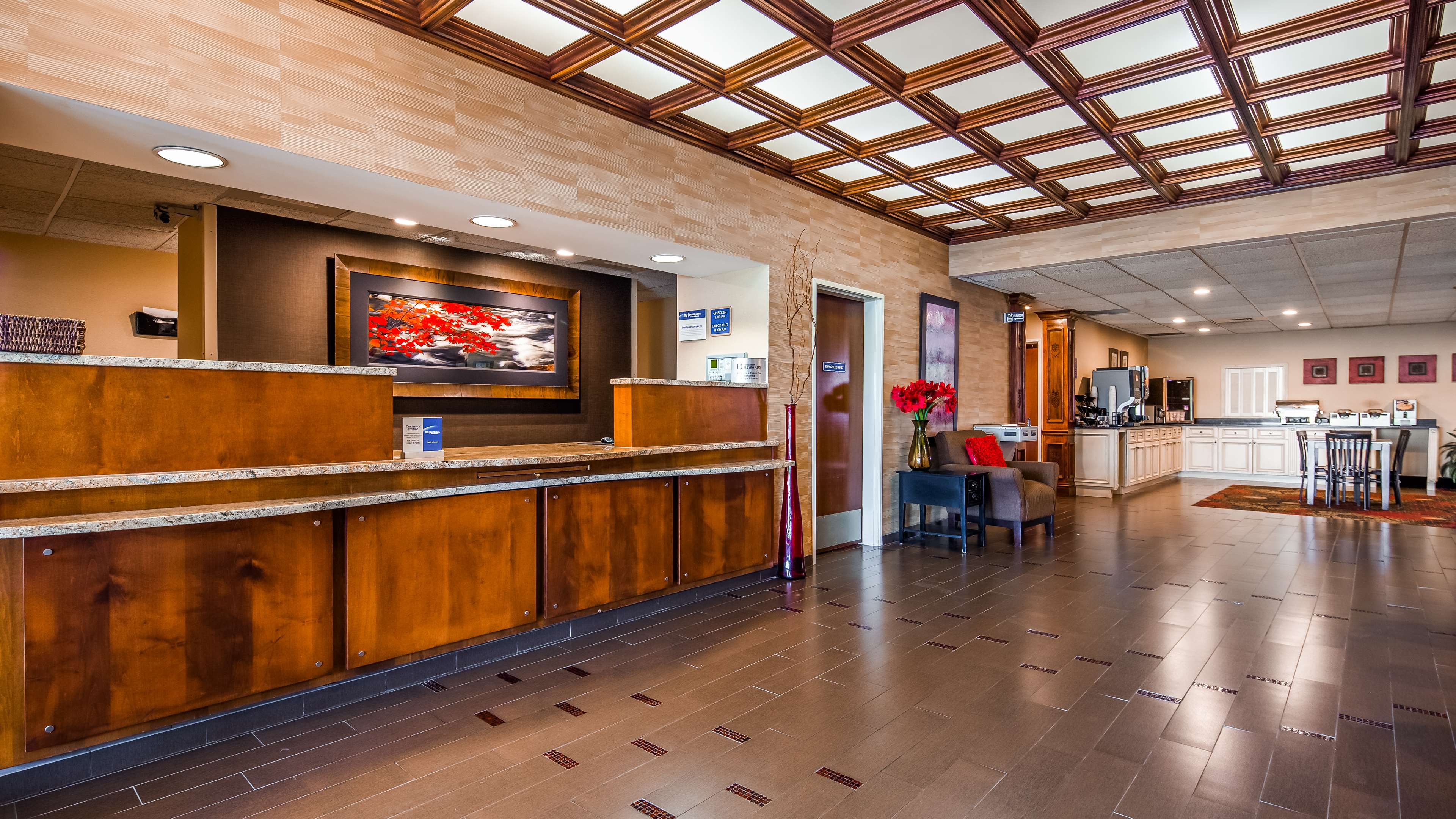 Best Western Plus Brandywine Inn & Suites image 1