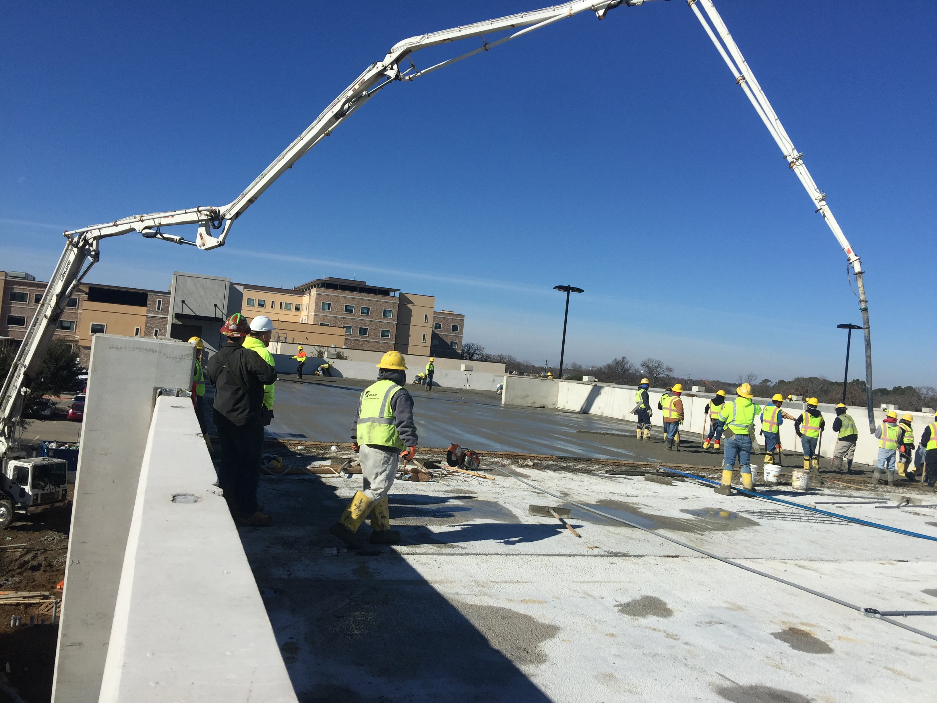 Mid Valley Concrete Pumping image 0