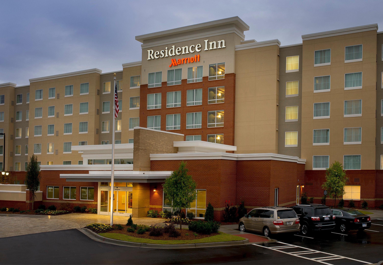 Residence Inn by Marriott Hamilton image 8