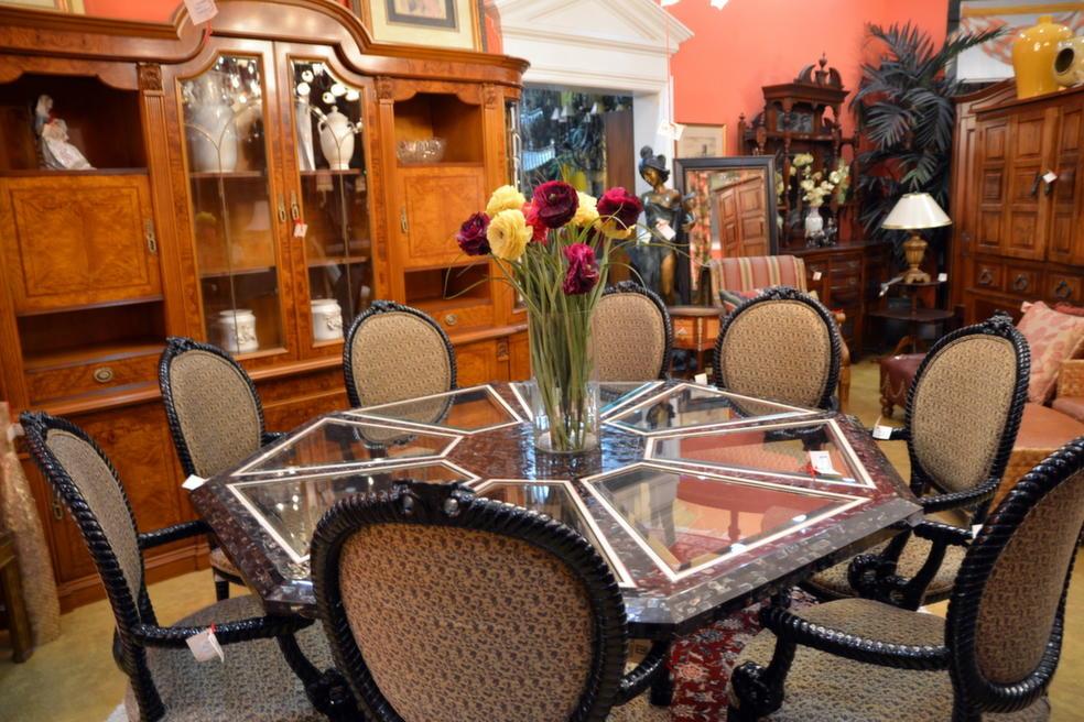 True Treasures Consigned Furniture Home Decor In North Palm Beach Fl 561 625 9