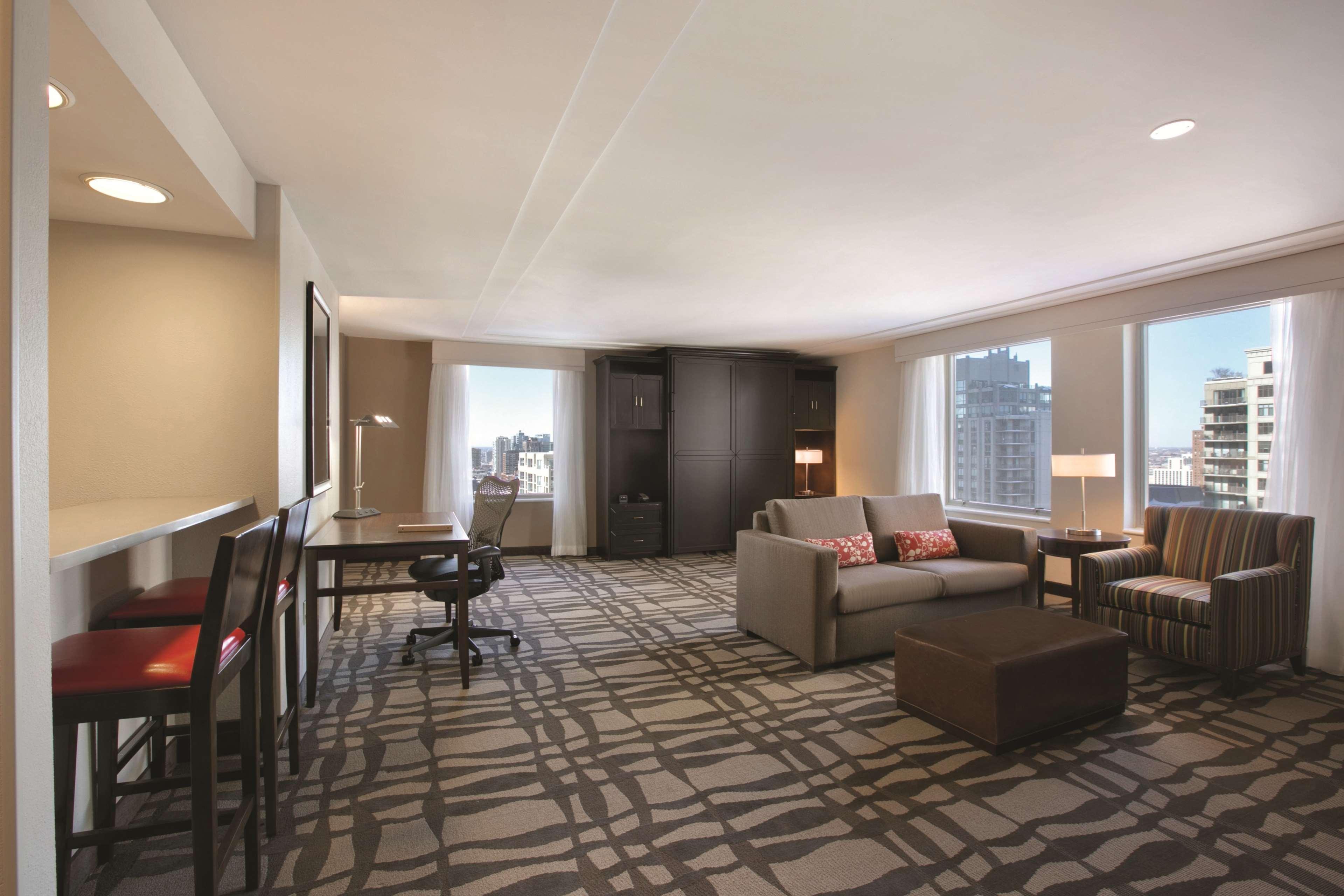 Hilton Garden Inn Chicago Downtown/Magnificent Mile image 27