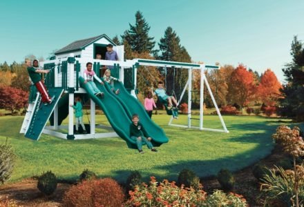 Outdoor Living and Play image 10