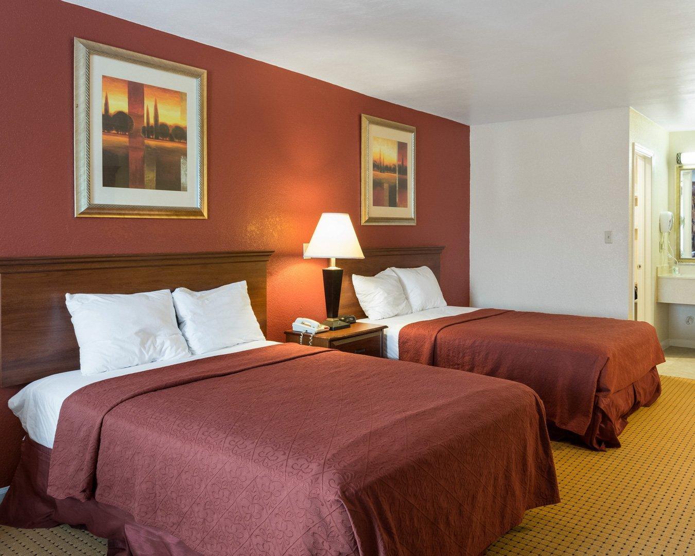 Relax Inn Portsmouth, VA image 2