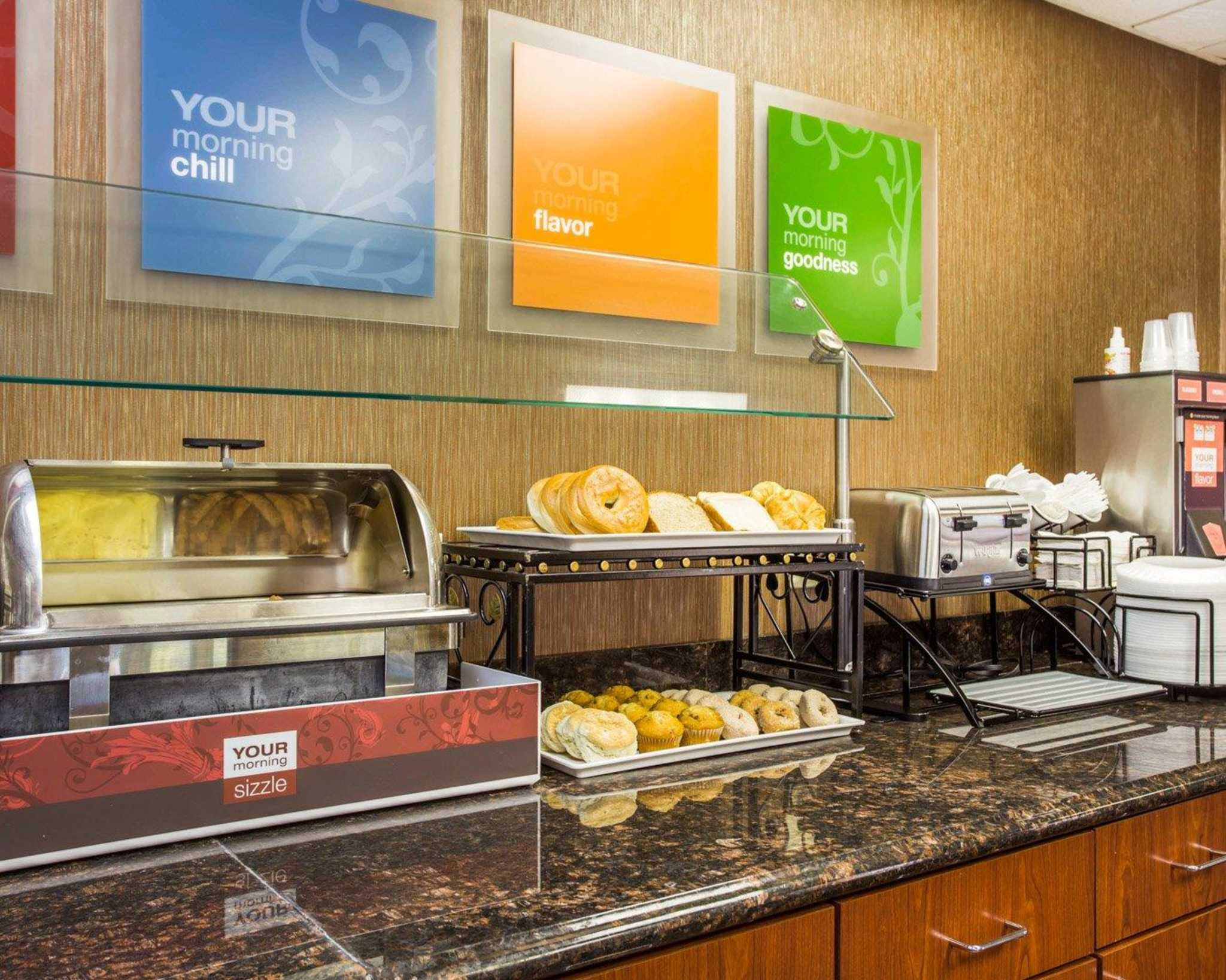 Comfort Inn & Suites at Stone Mountain image 25