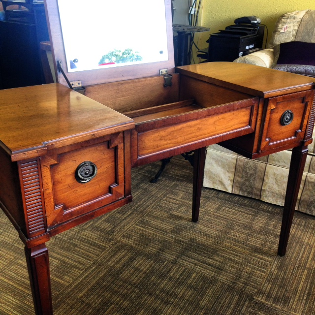 Used Furniture Dealers in Dunedin FL by Superpages