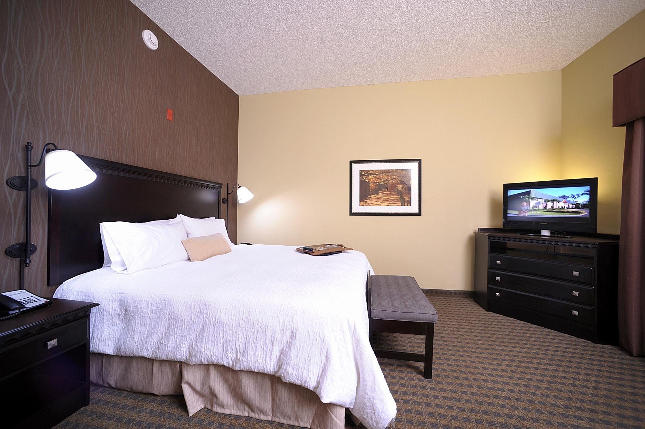 Hampton Inn & Suites Chadds Ford image 29