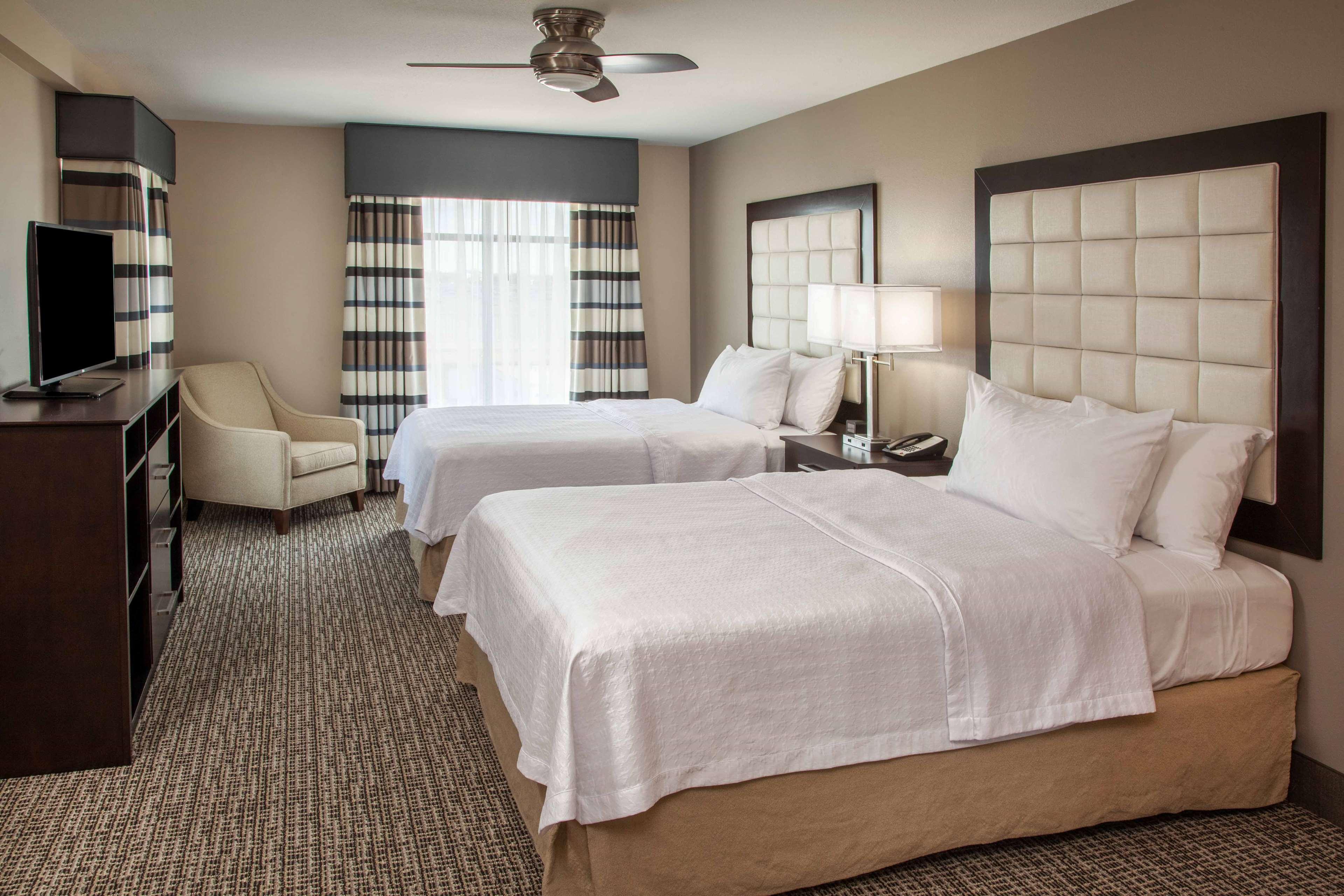 Homewood Suites by Hilton Munster image 2