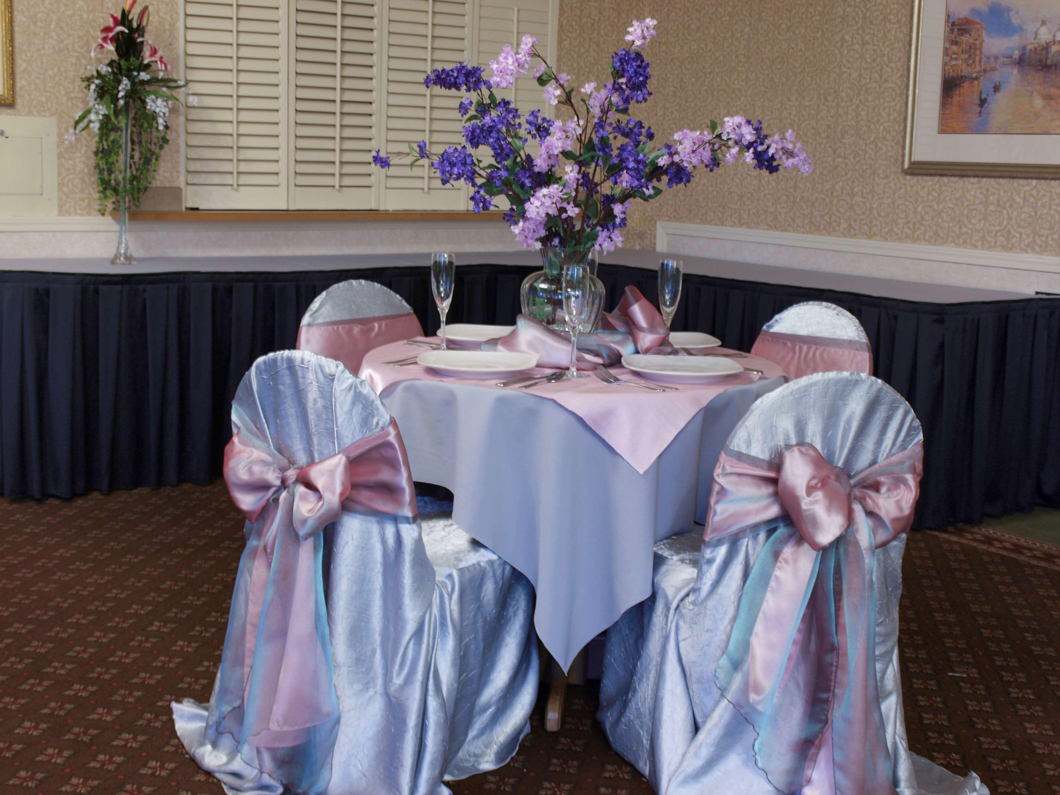 Best Western Plus Caldwell Inn & Suites image 42
