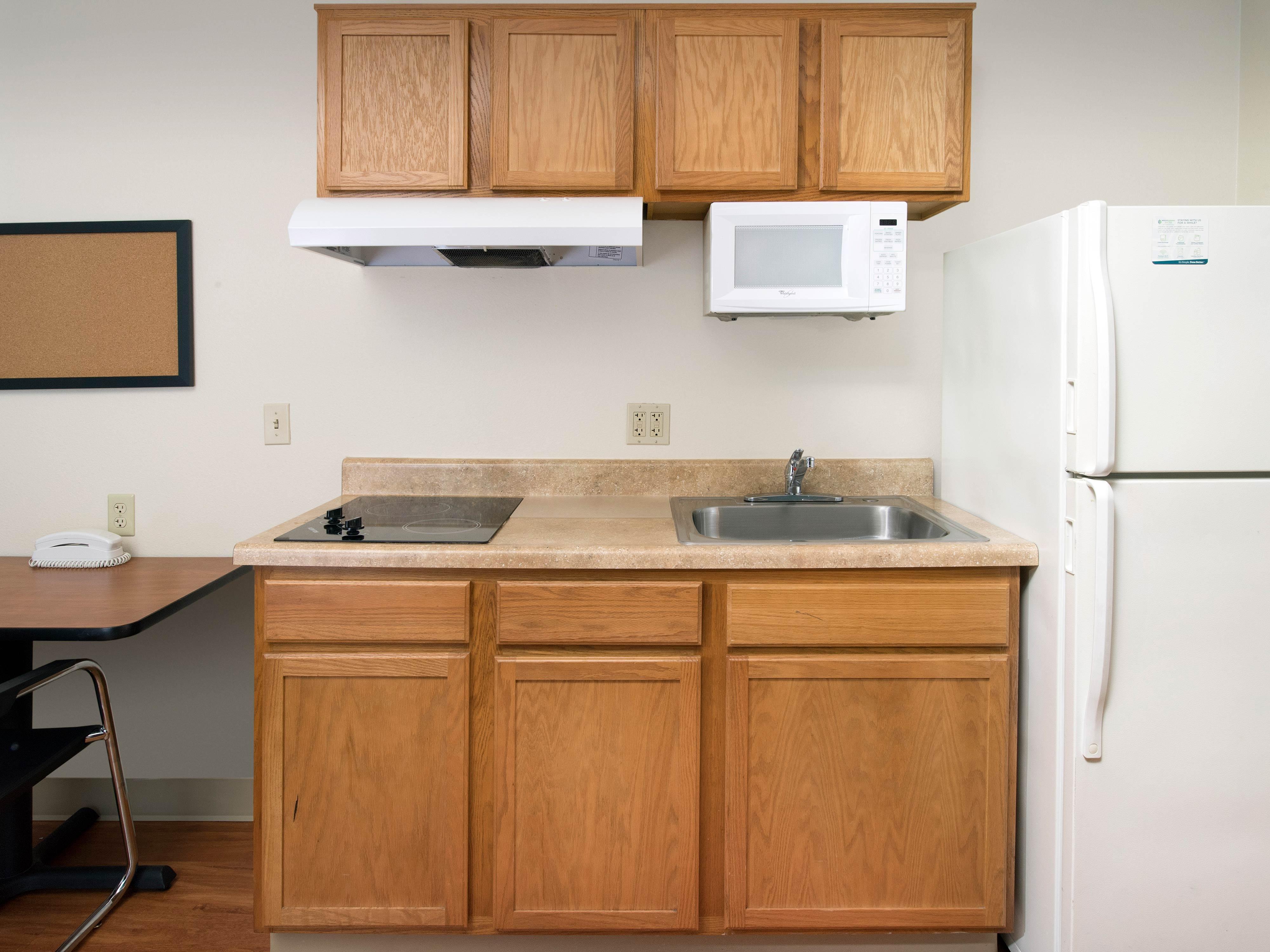 WoodSpring Suites Pensacola Northeast image 27