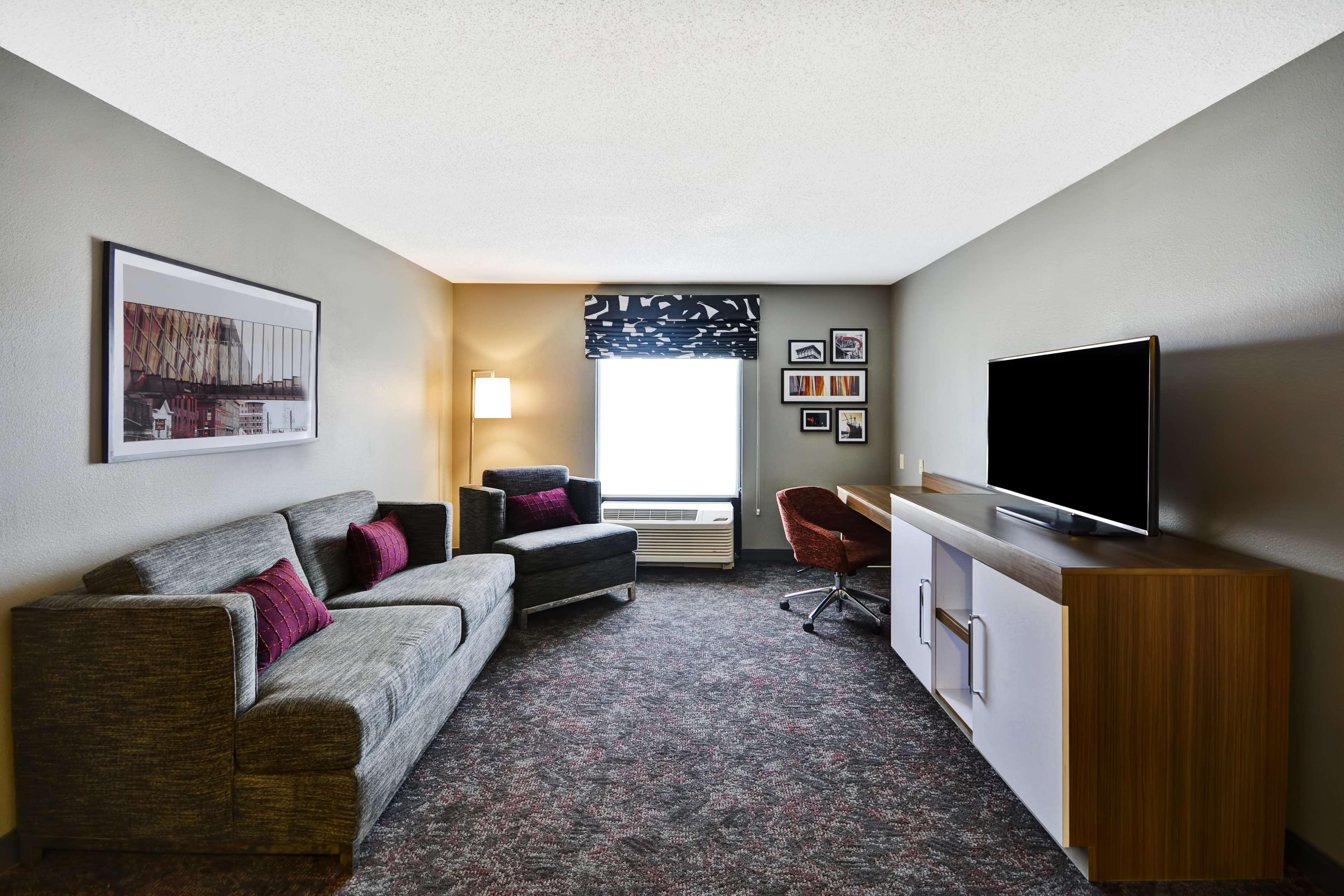 Hampton Inn & Suites Columbus-Easton Area image 49