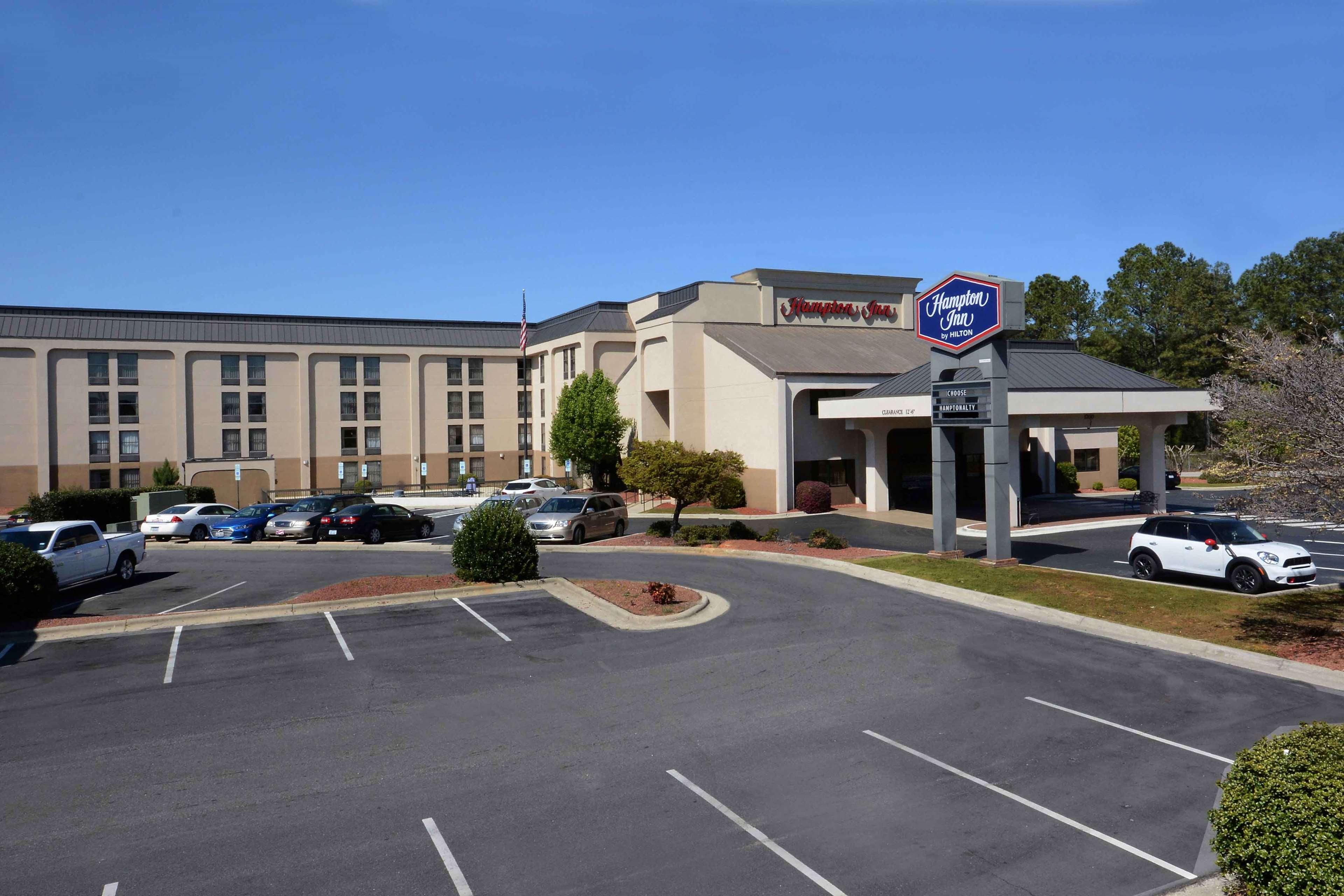 Hampton Inn Fayetteville Fort Bragg image 2
