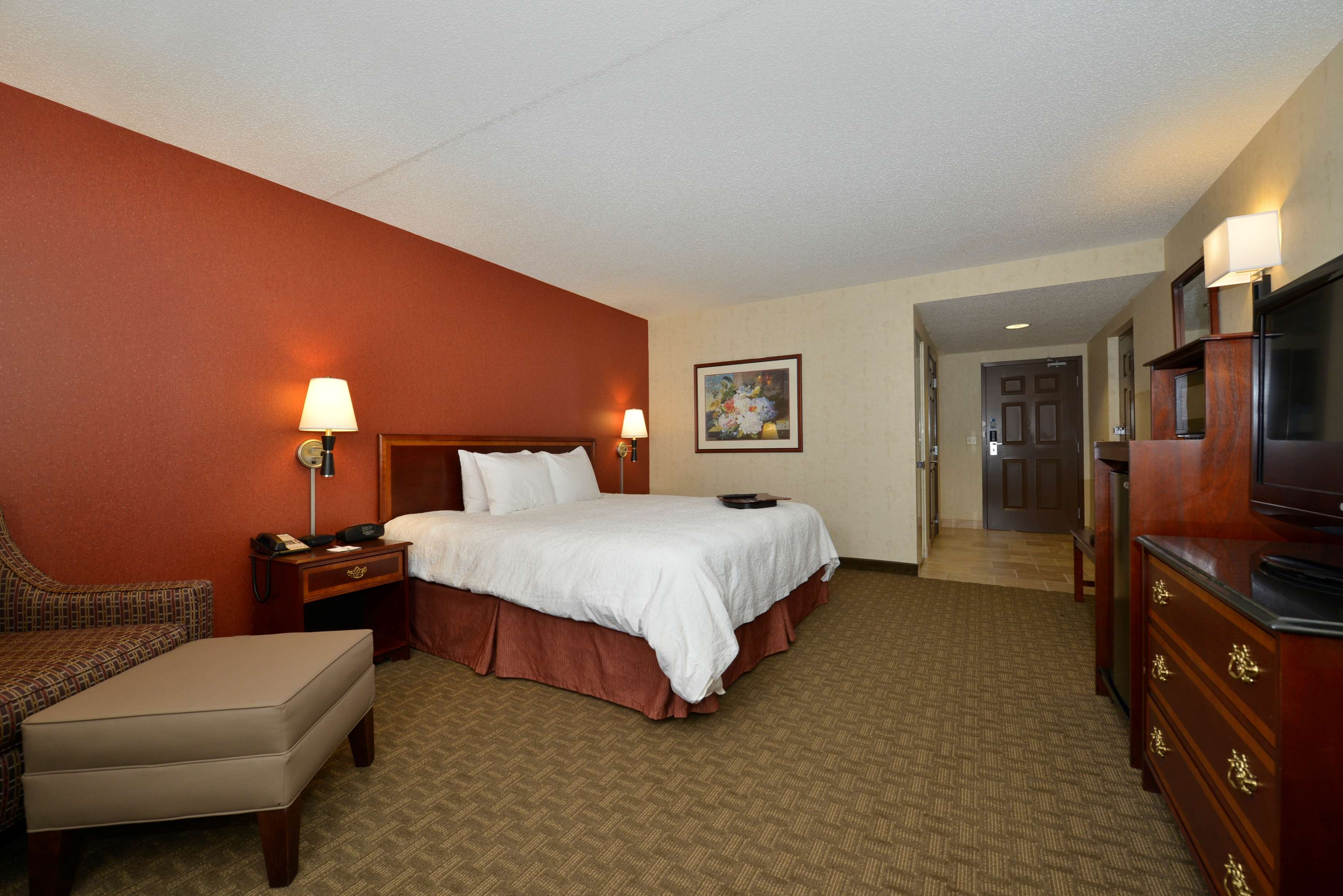 Hampton Inn East Aurora image 32