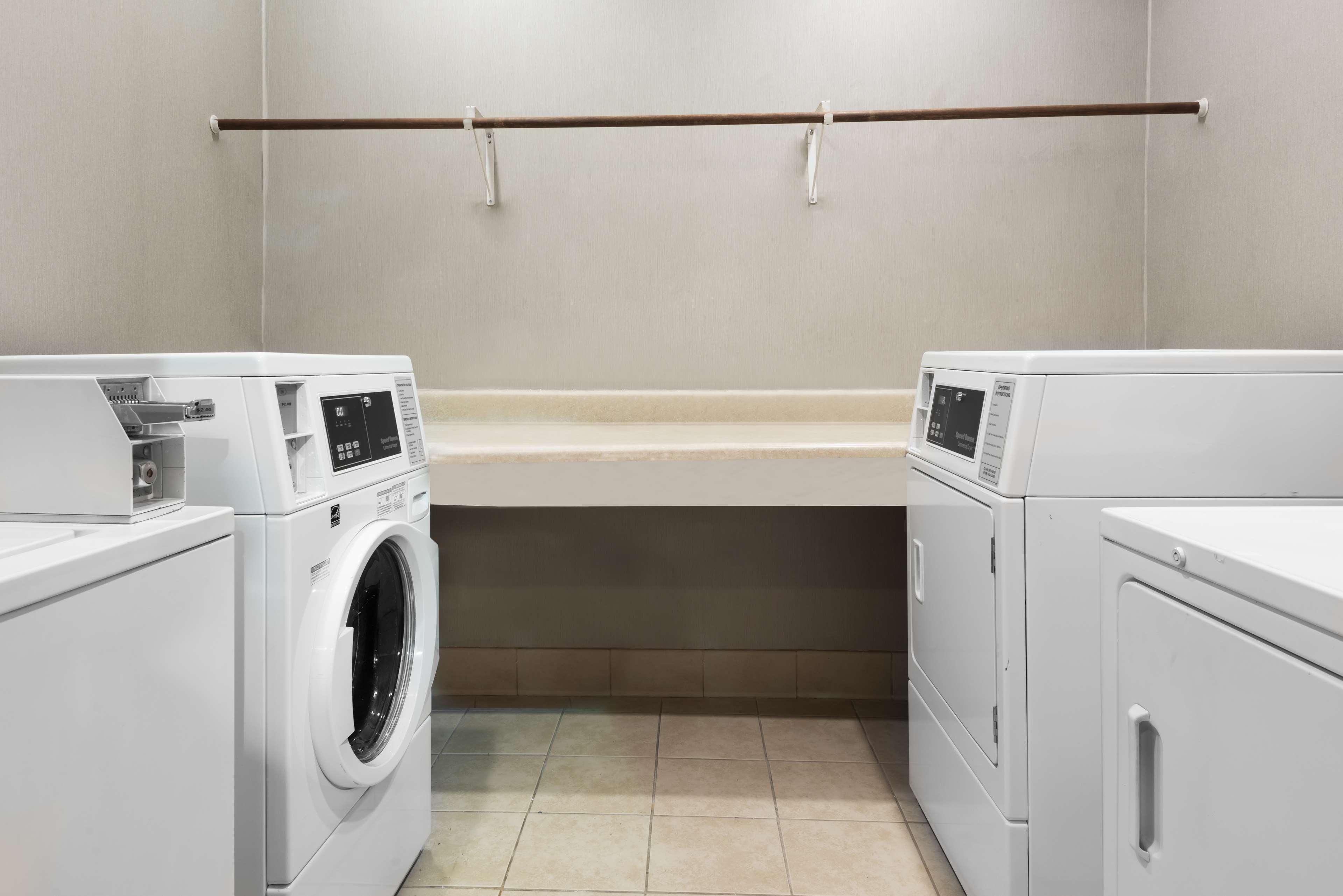 Homewood Suites by Hilton Charlotte-North/Univ Research Park image 21