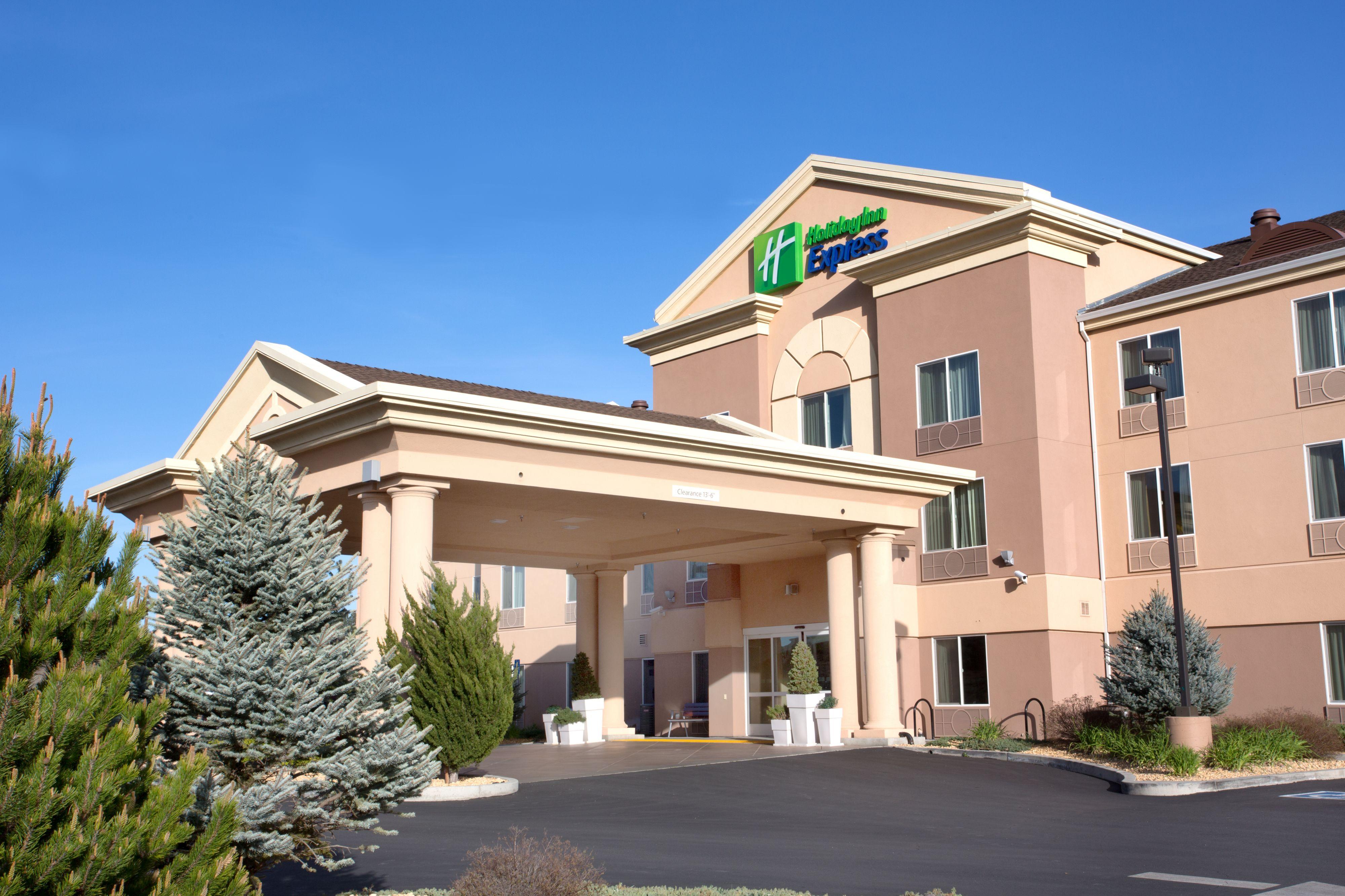 Holiday Inn Express Yreka-Shasta Area image 4