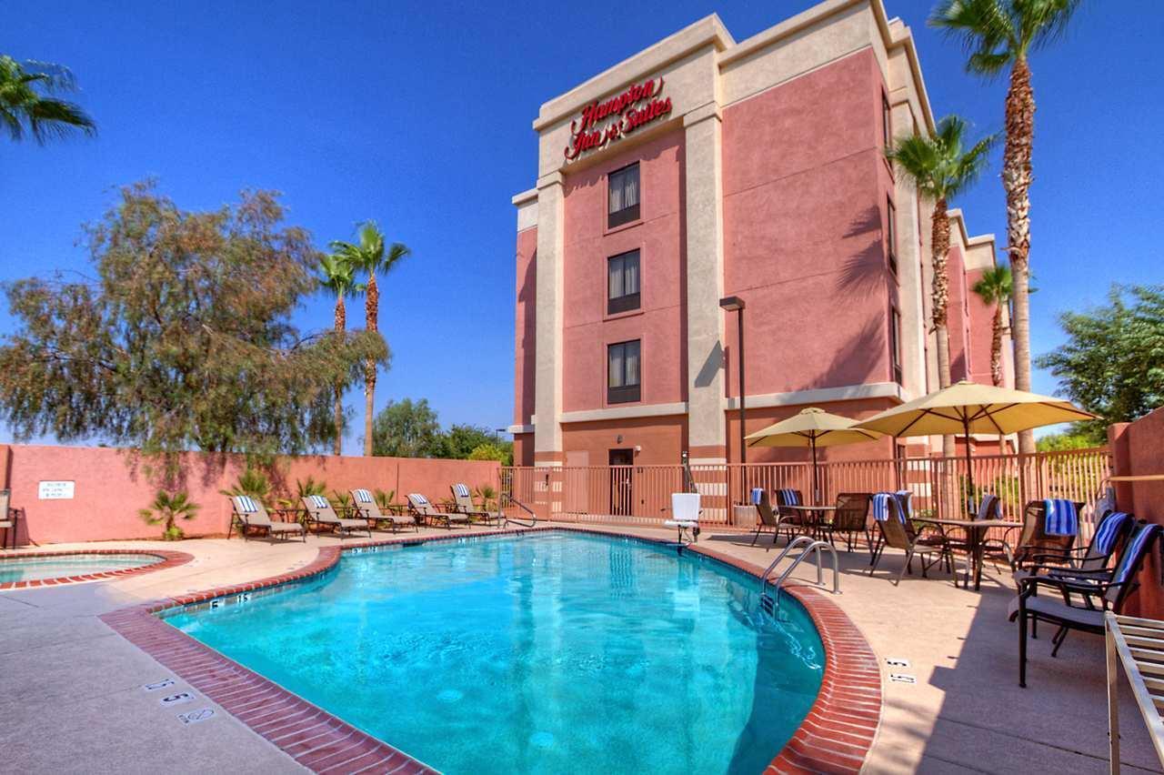 Hampton Inn & Suites Yuma image 6
