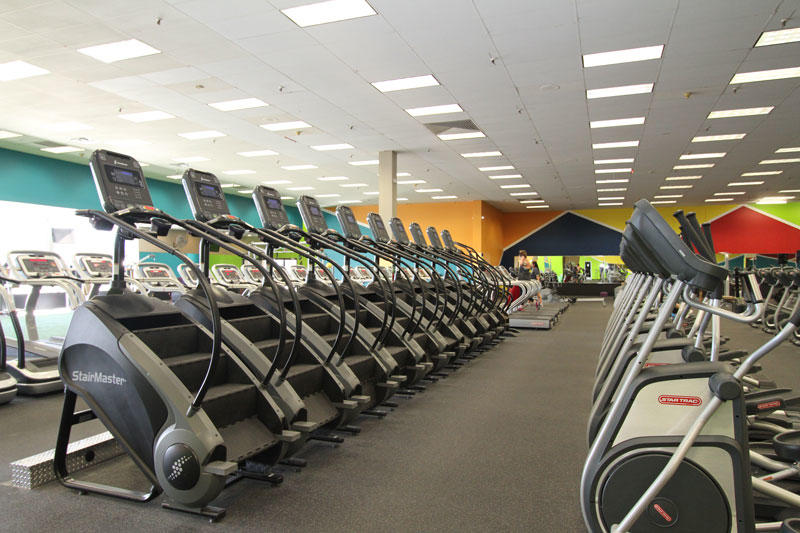 Prestige Fitness Lakewood image 2