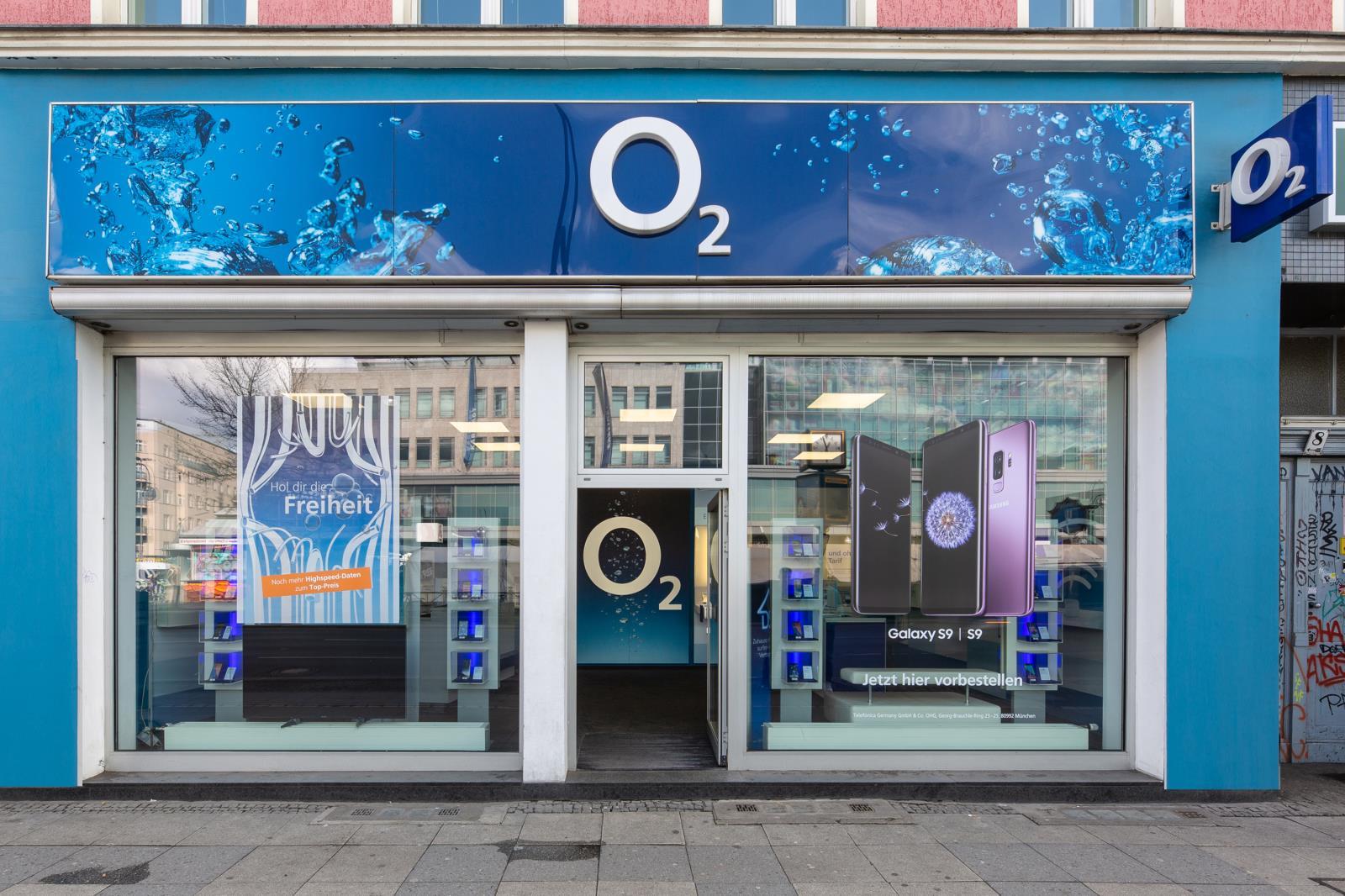 o2 Shop, Hermannplatz 8 in Berlin