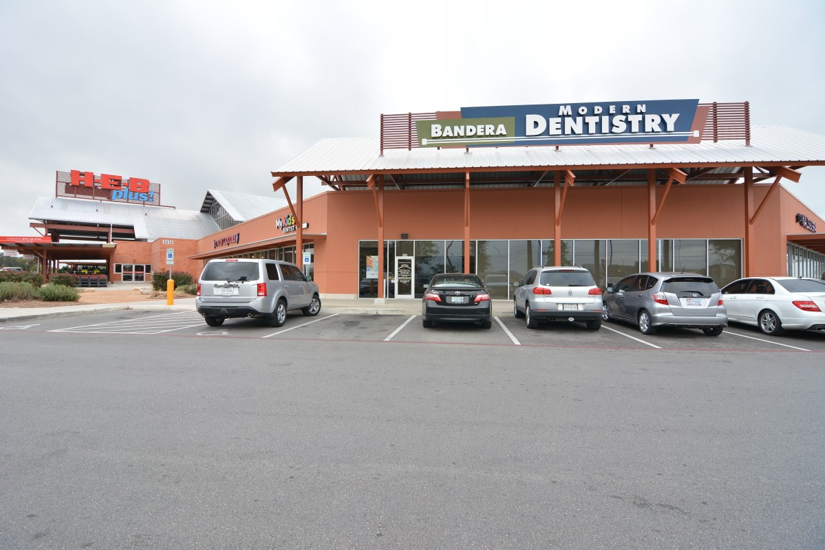 Bandera Modern Dentistry and Orthodontics image 0