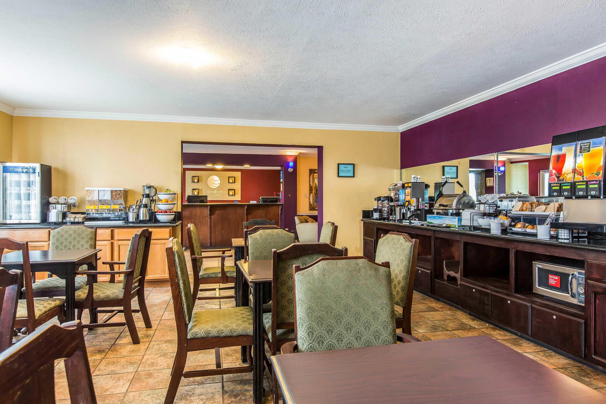 Comfort Inn & Suites El Centro I-8 image 31