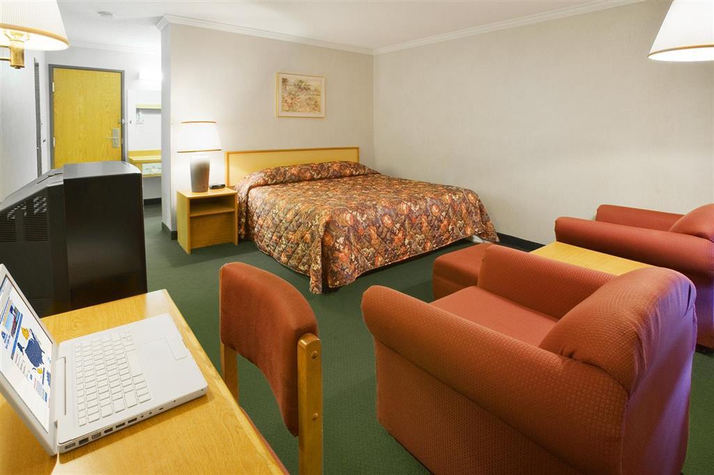 Americas Best Value Inn - Notre Dame/South Bend image 8