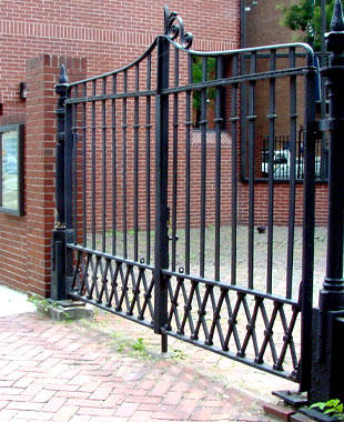 Alpine Fence & Gate Systems Inc. image 7