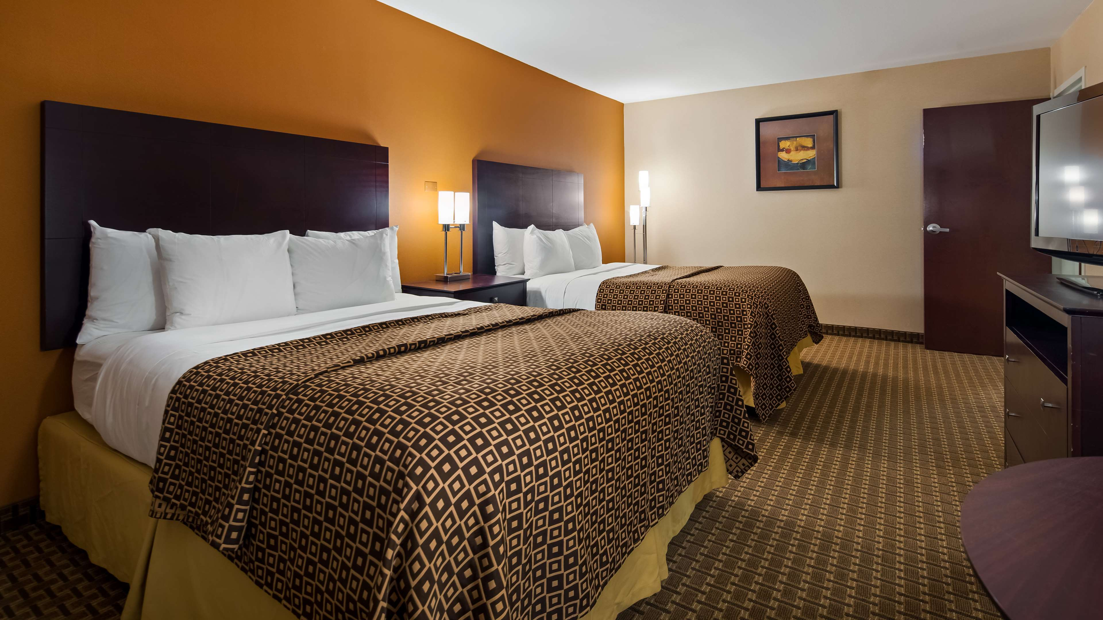 Best Western Concord Inn & Suites image 12
