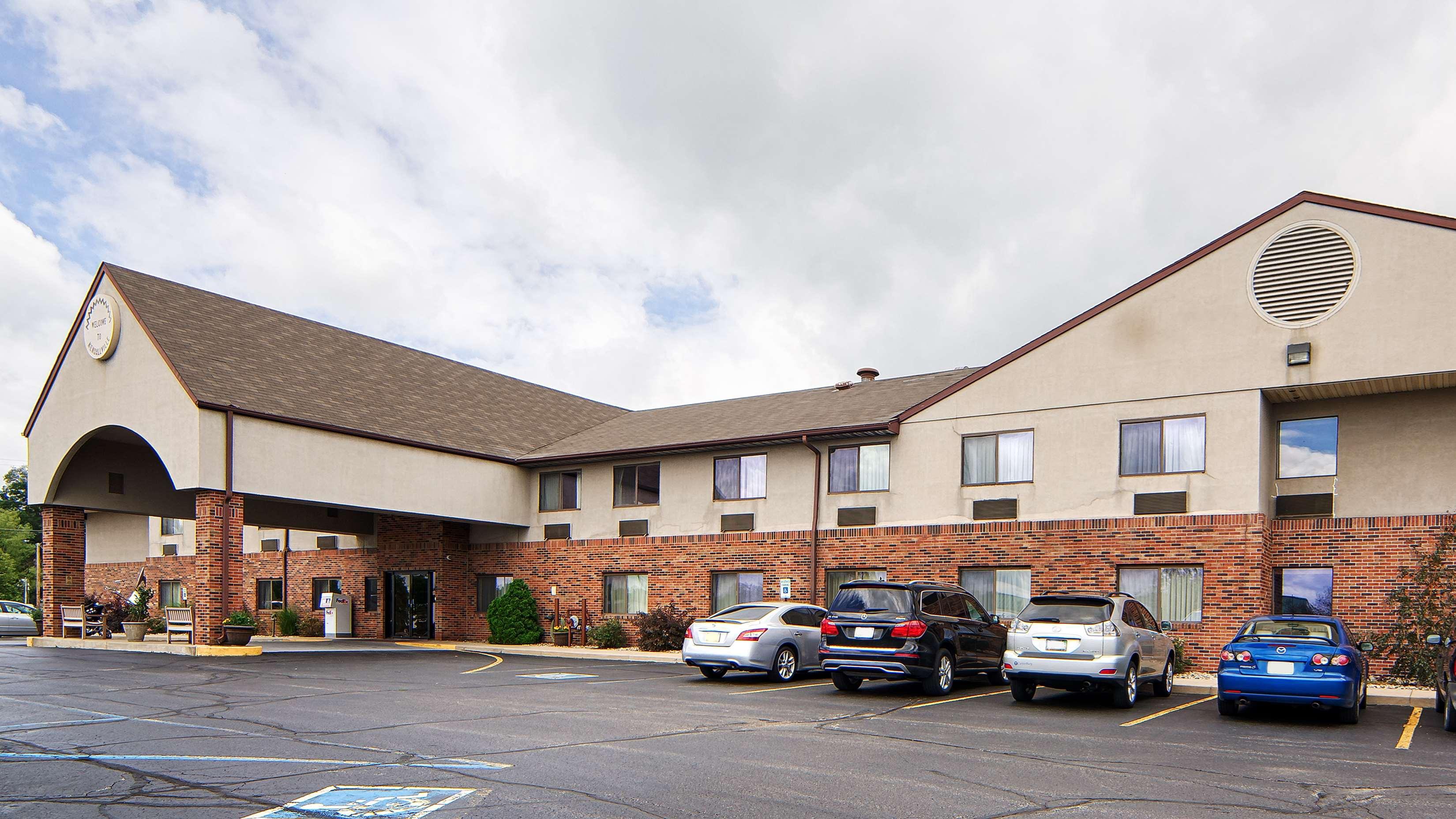 Best Western Kendallville Inn image 0