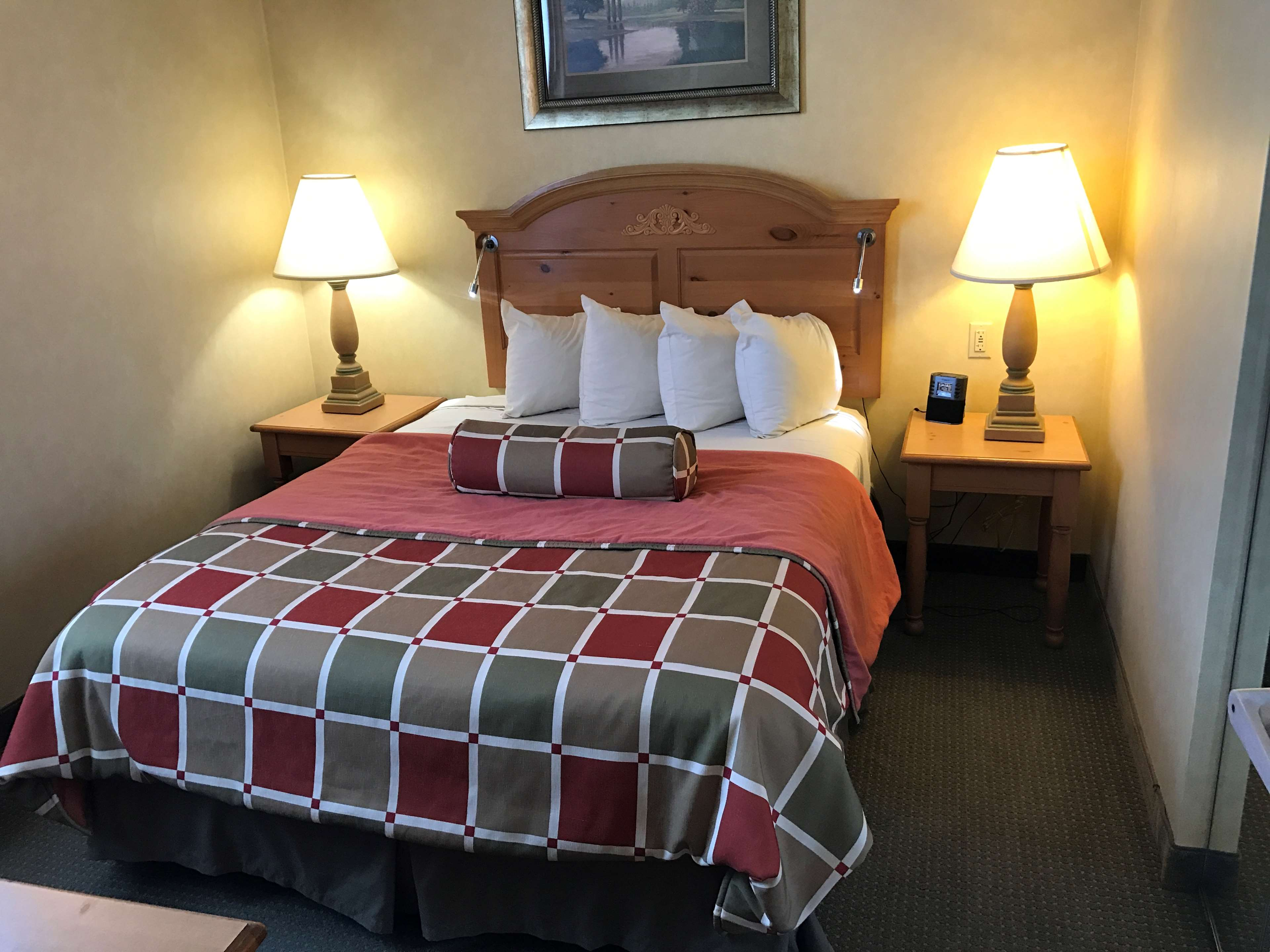 Best Western Plus Revere Inn & Suites image 27