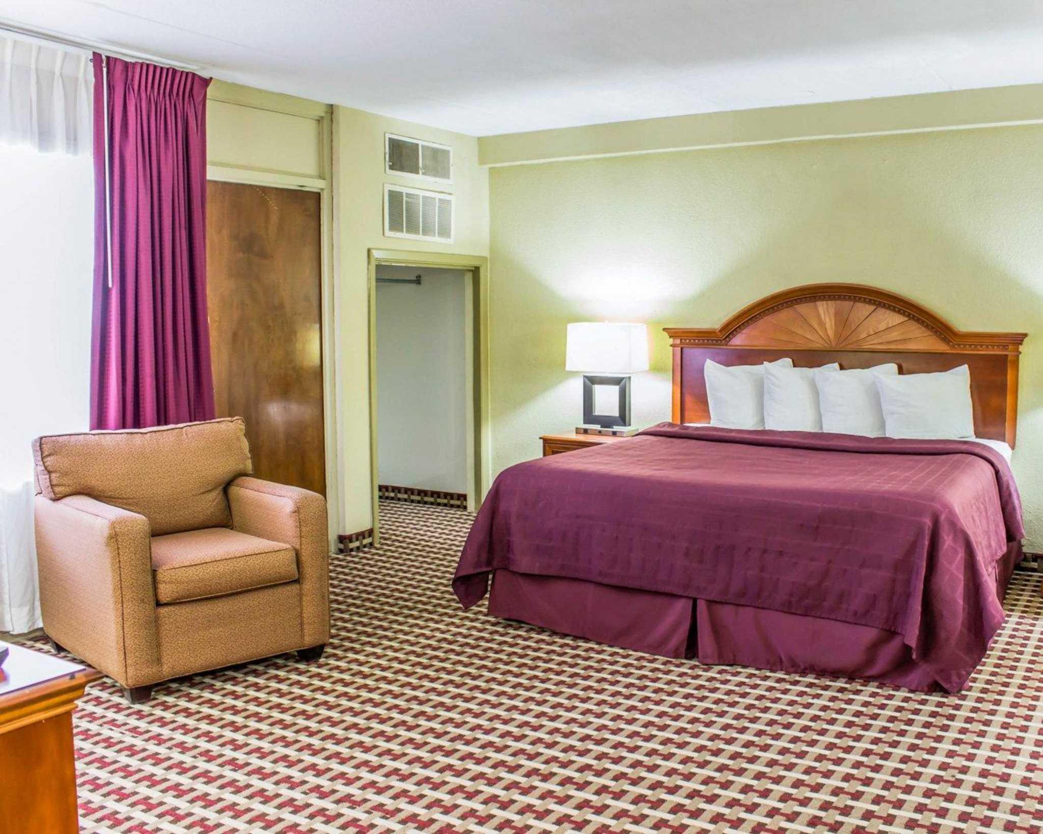 Quality Inn & Suites Fort Bragg image 19