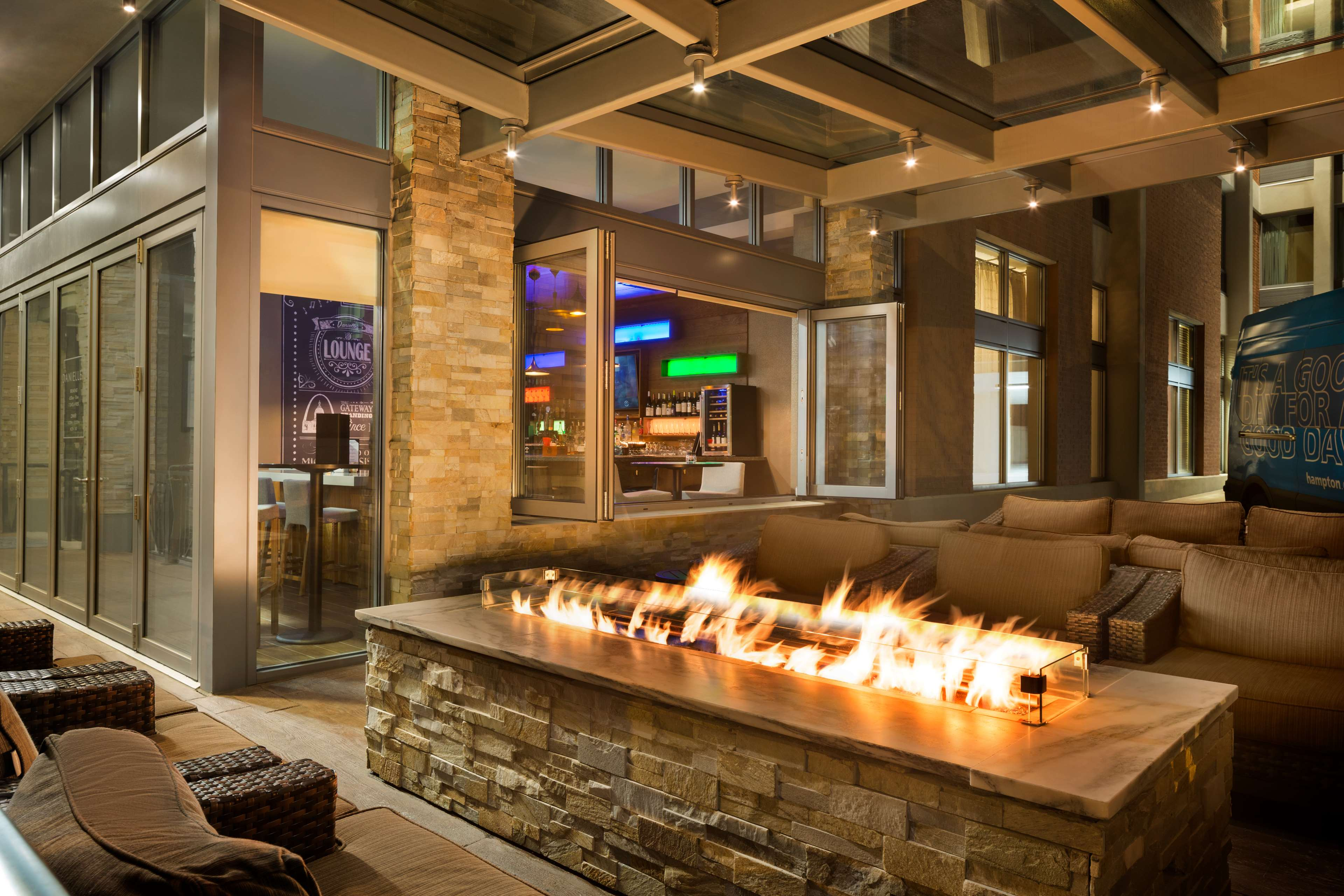 Hampton Inn and Suites Clayton/St Louis-Galleria Area image 33