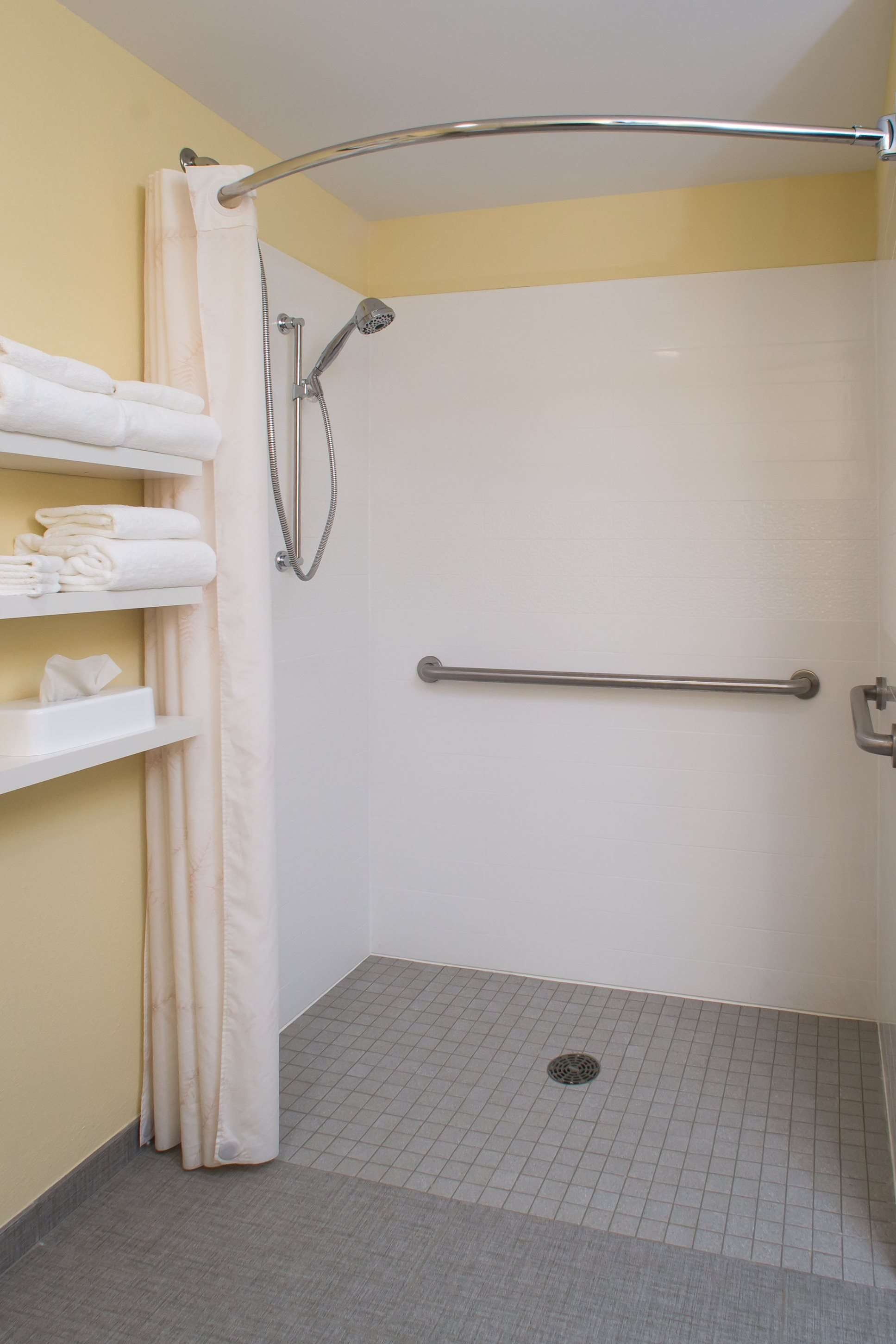 Best Western Plus North Shore Hotel image 35