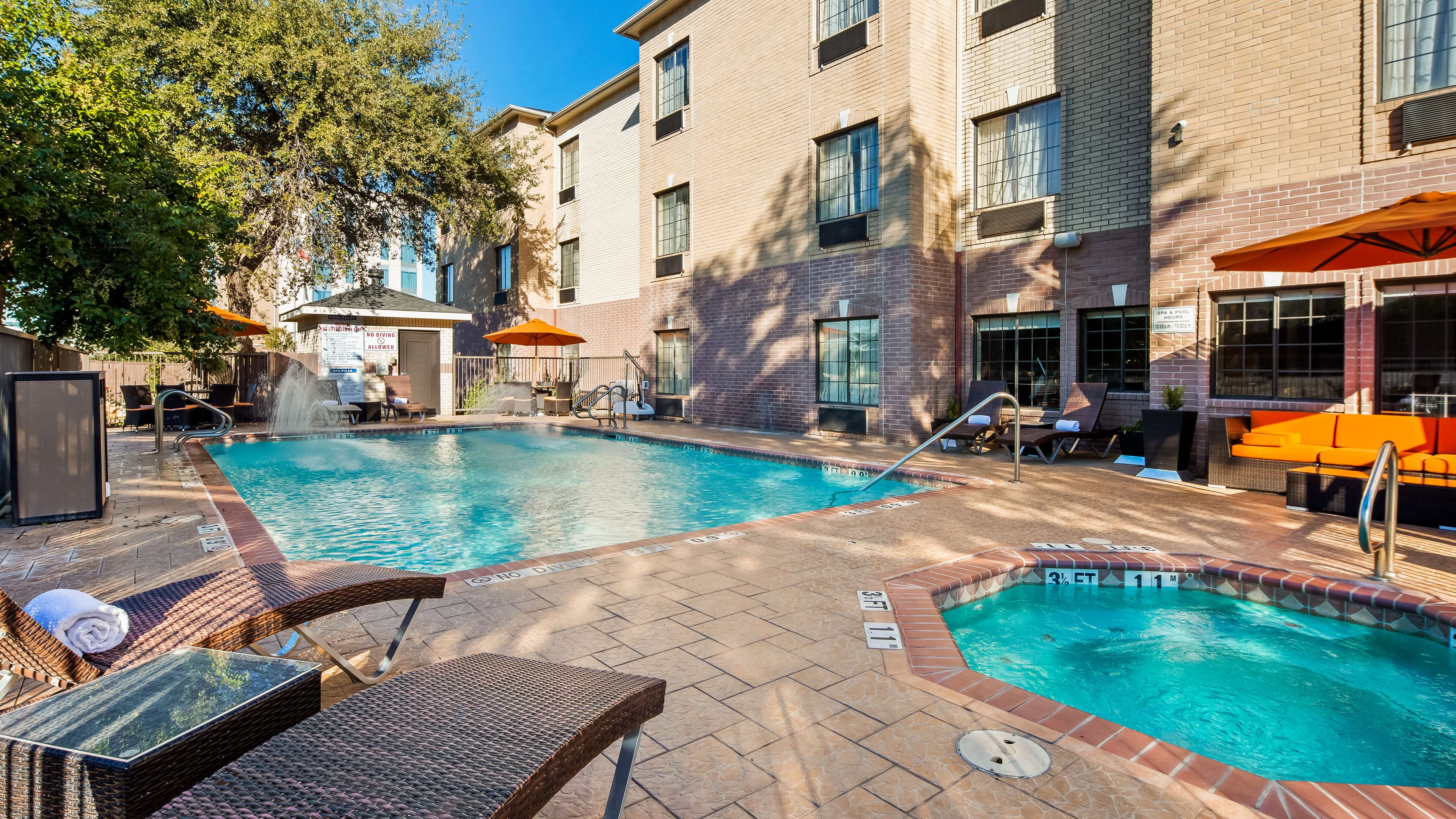 Best Western Plus Hill Country Suites image 7