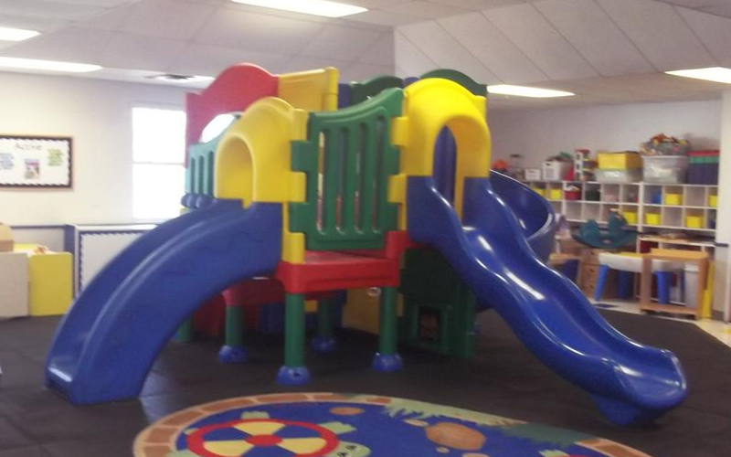 Hudson Darrow Road KinderCare image 14