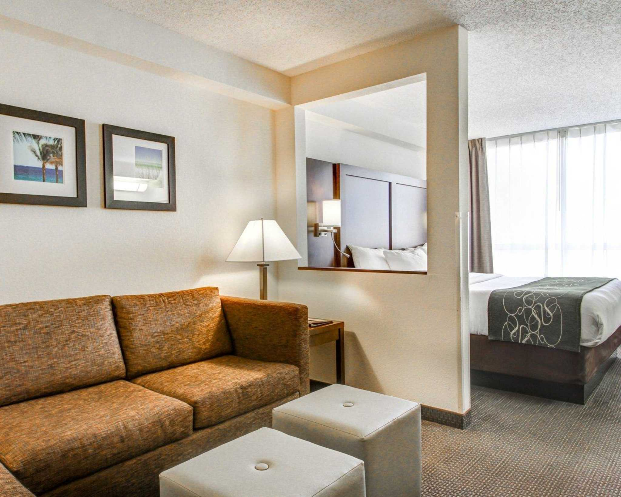 Comfort Suites Weston - Sawgrass Mills South image 28