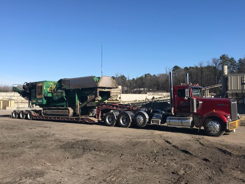 Fred's Towing & Transport image 6