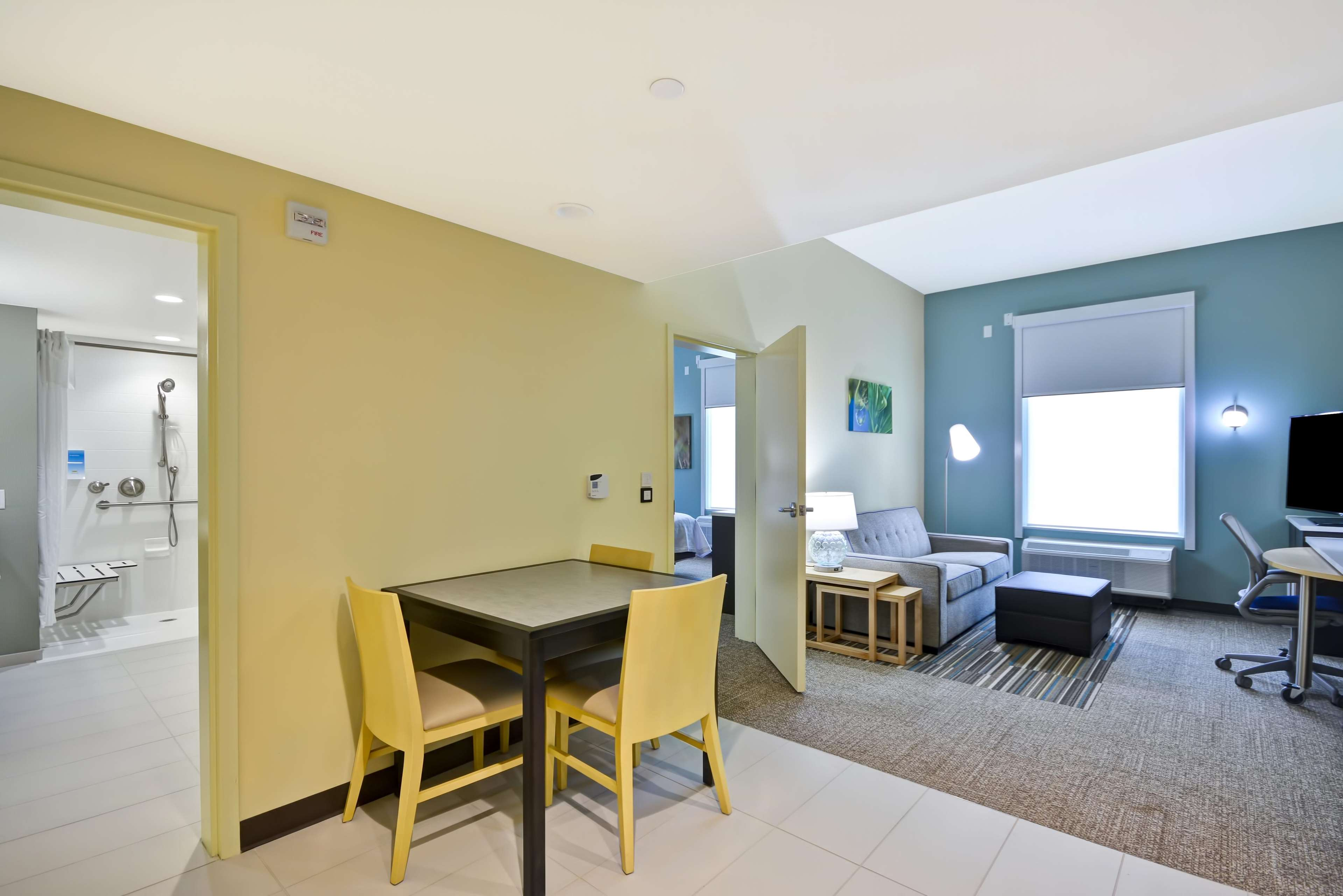 Home2 Suites By Hilton Maumee Toledo image 3