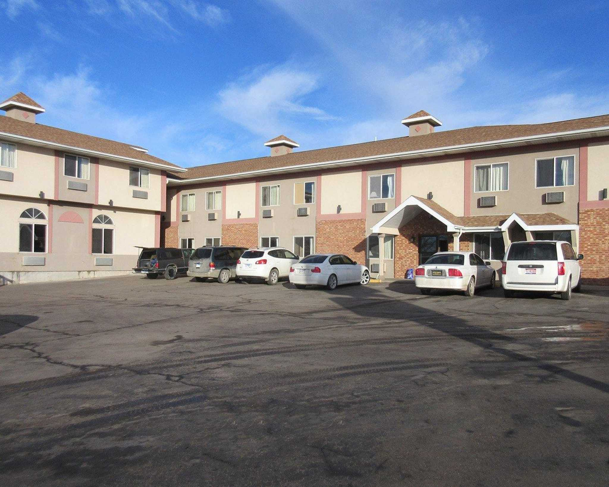 Rodeway Inn At 1313 N Lacrosse St Rapid City Sd On Fave