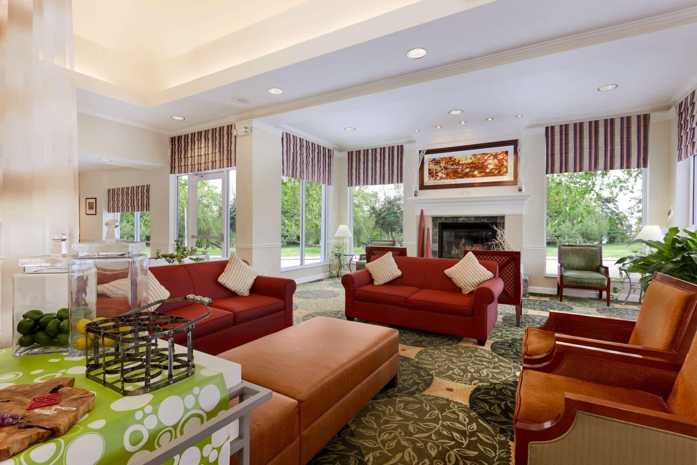 Hilton Garden Inn Syracuse image 2