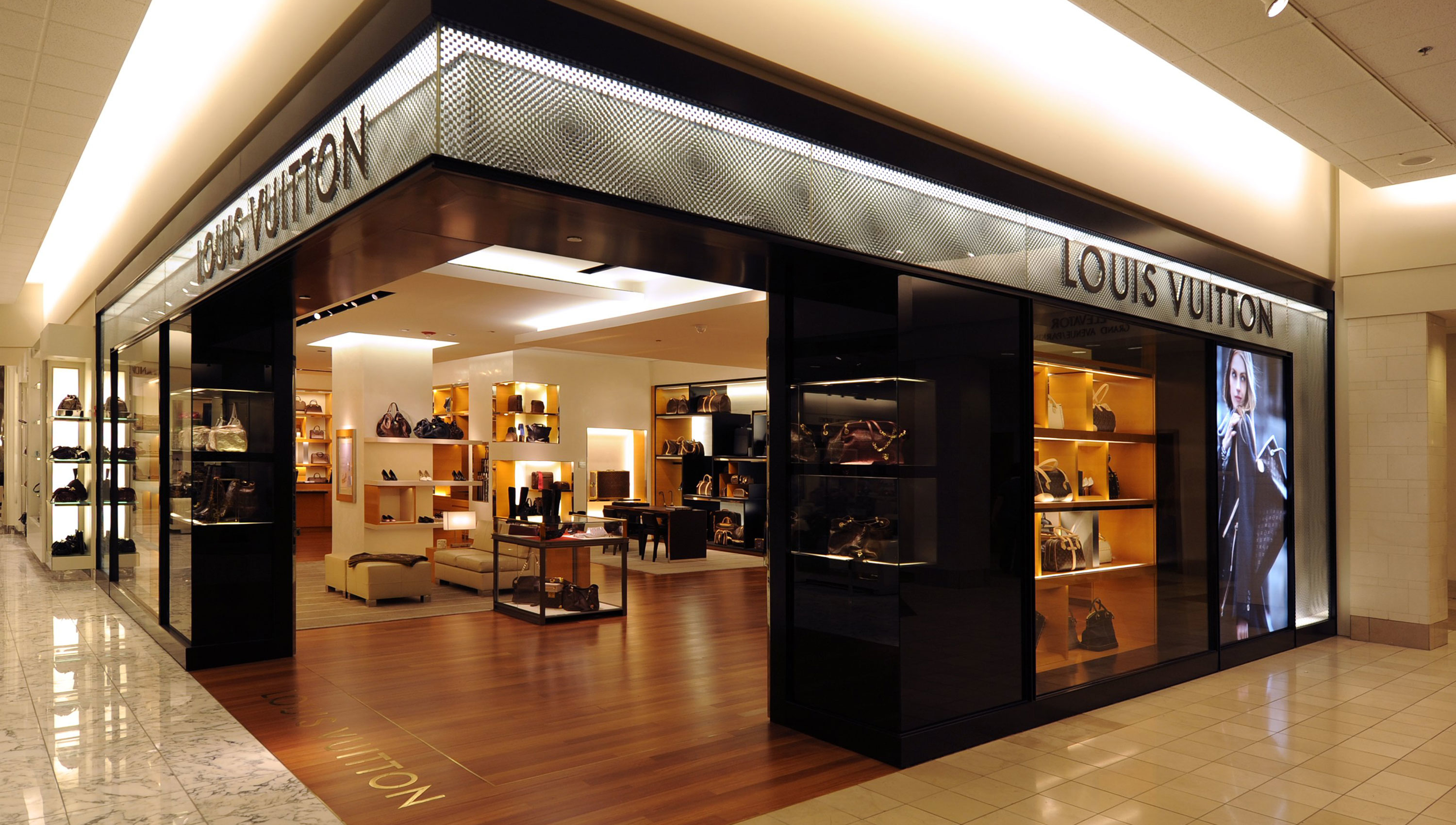 1e5a71c5d3f5 Louis Vuitton Nordstrom Chicago 55 East Grand Avenue Chicago