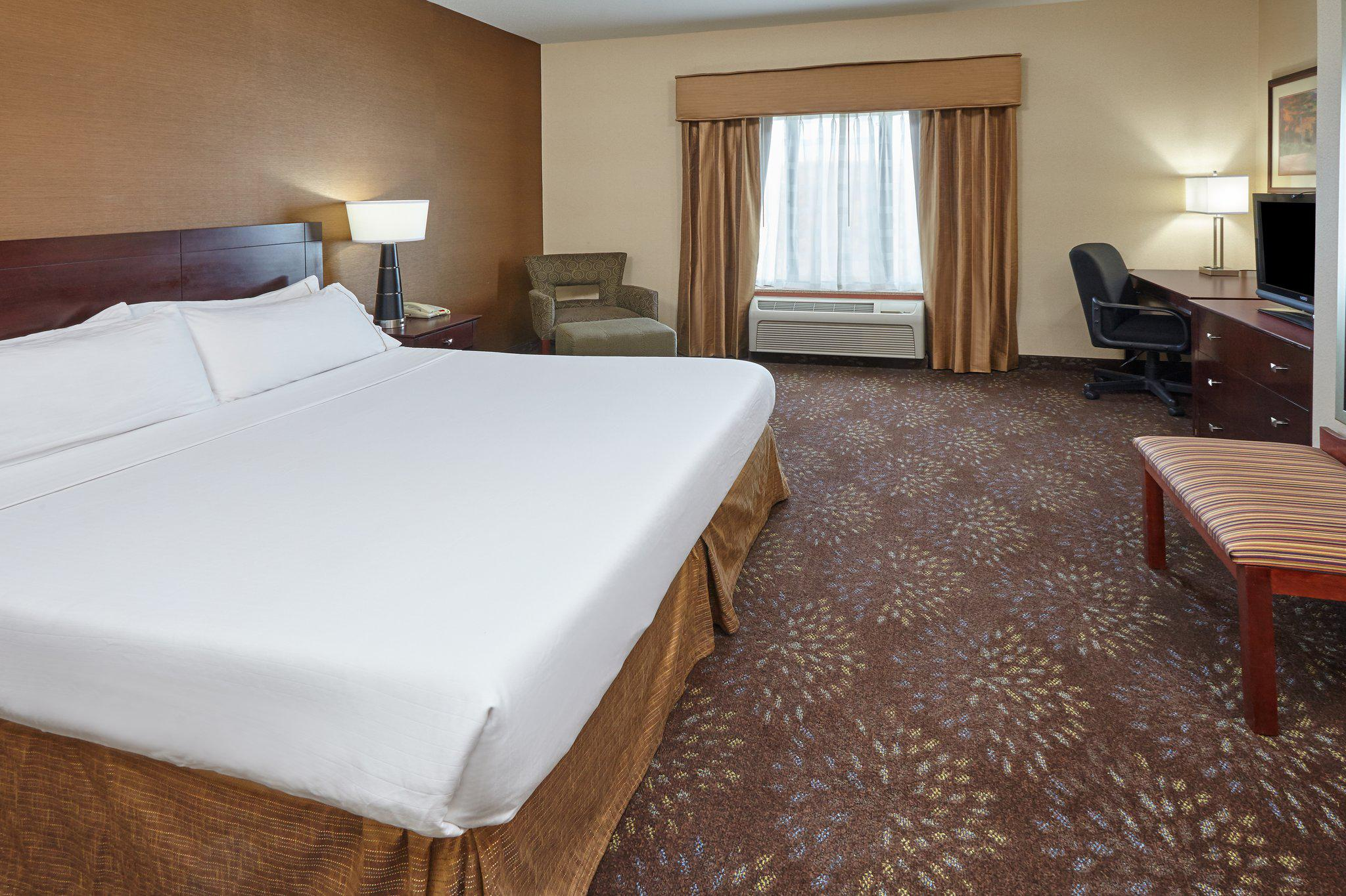 Holiday Inn Express & Suites Grand Rapids - South in Grand Rapids, MI, photo #24