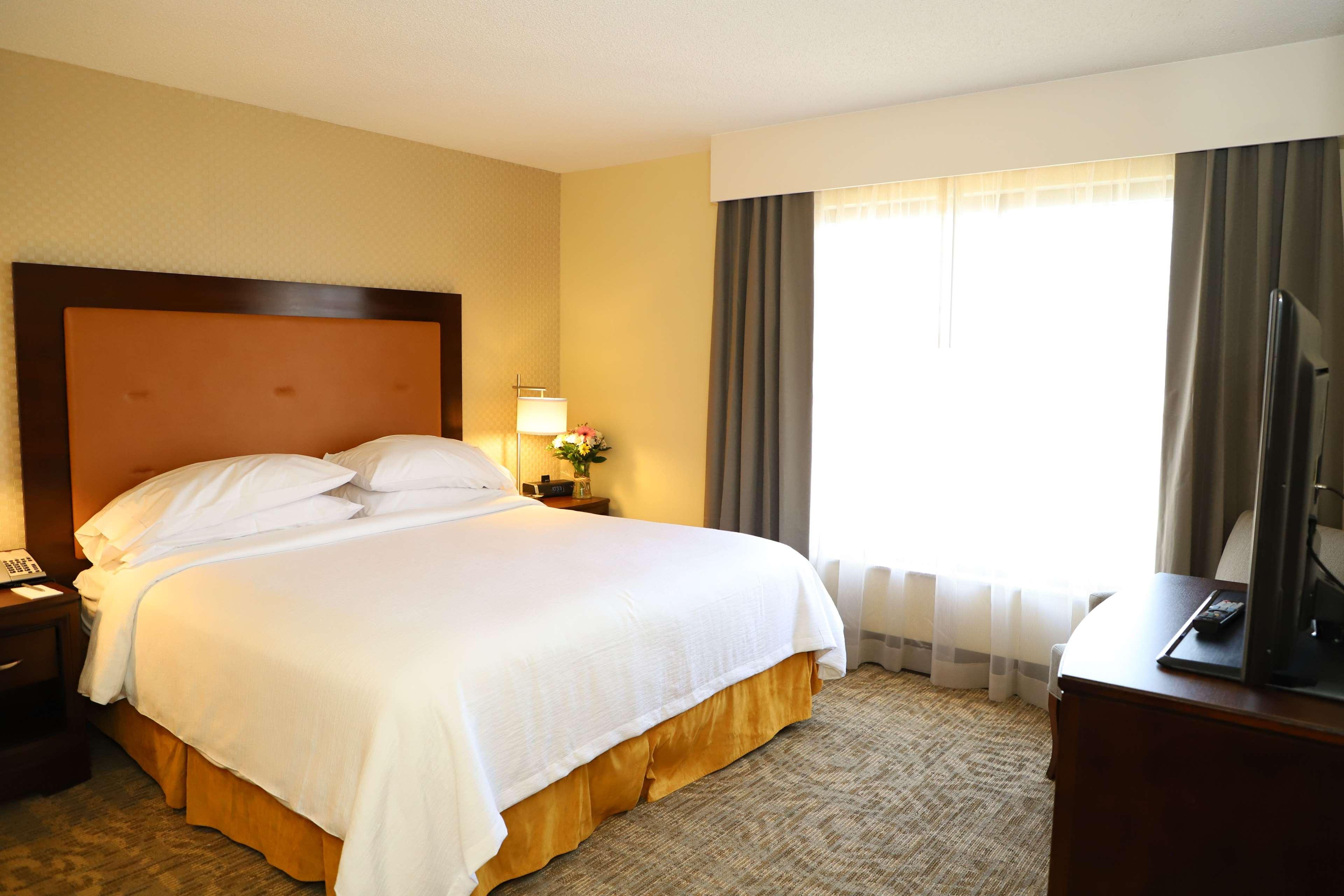 Embassy Suites by Hilton Nashville at Vanderbilt image 33